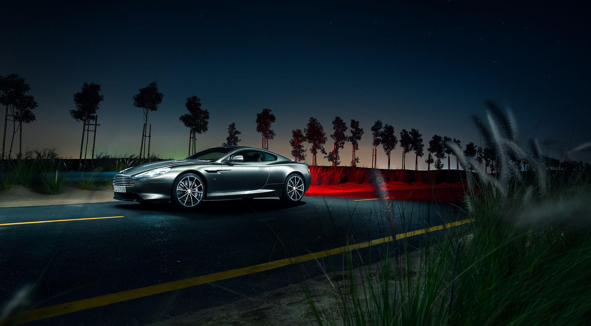 59553 скачать обои Тачки (Cars), Астон Мартин (Aston Martin), Db9, Машины, Ночь, Дорога, Вид Сбоку - заставки и картинки бесплатно