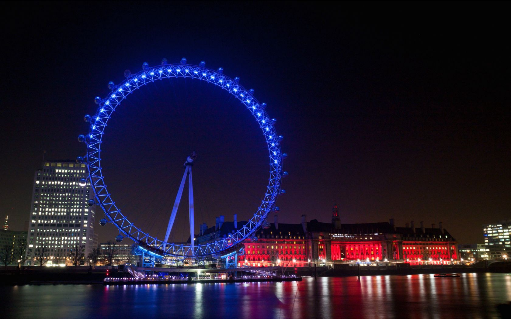 145095 Screensavers and Wallpapers London for phone. Download Cities, Houses, Rivers, Great Britain, London, Building, Lights, Reflection, Backlight, Illumination, Ferris Wheel, Embankment, Quay, United Kingdom, England, Illuminations, Evening City pictures for free