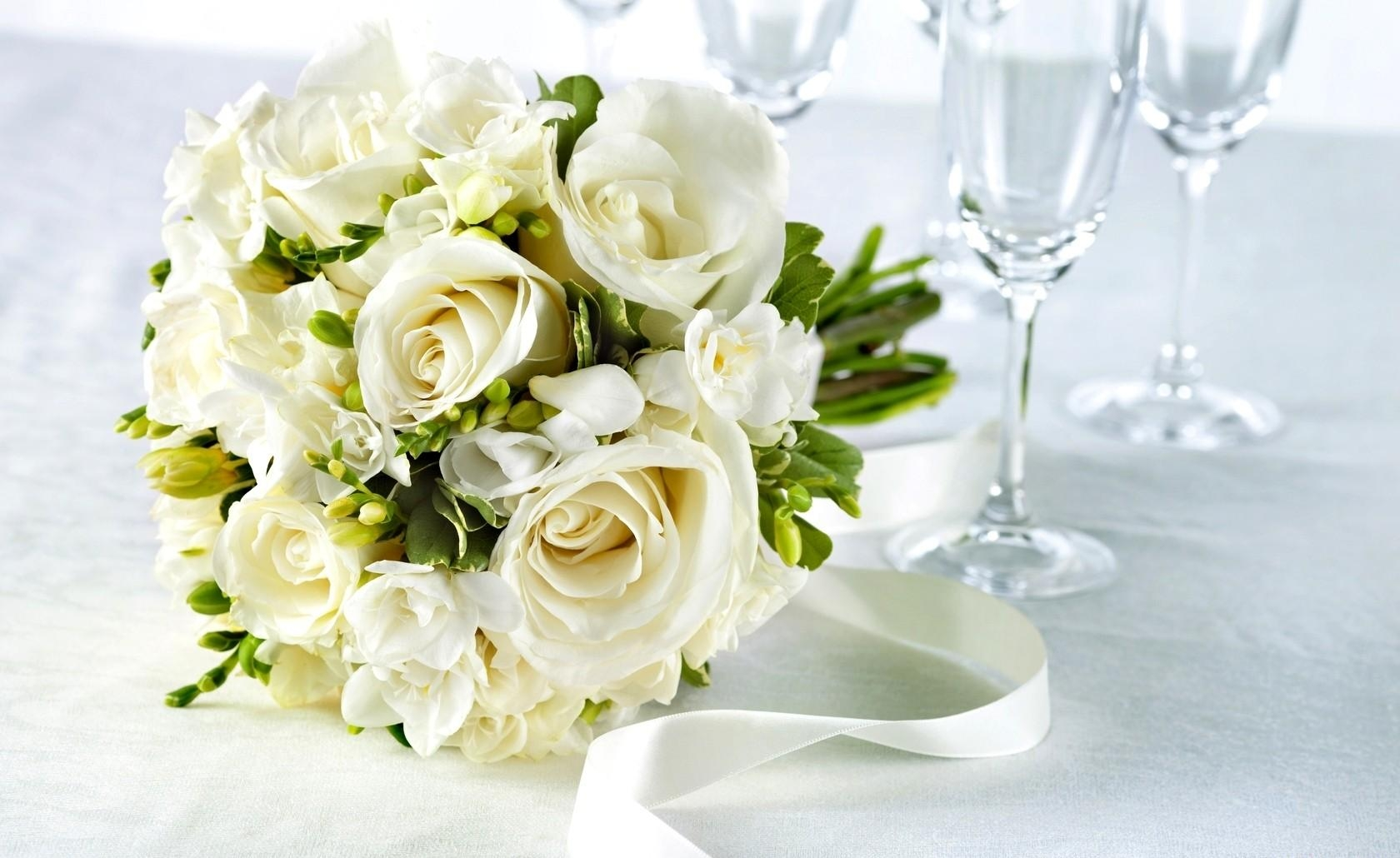 127655 download wallpaper Flowers, Freesia, Bouquet, Snow White, Snow-White, Goblets, Glasses, Tape, Roses screensavers and pictures for free