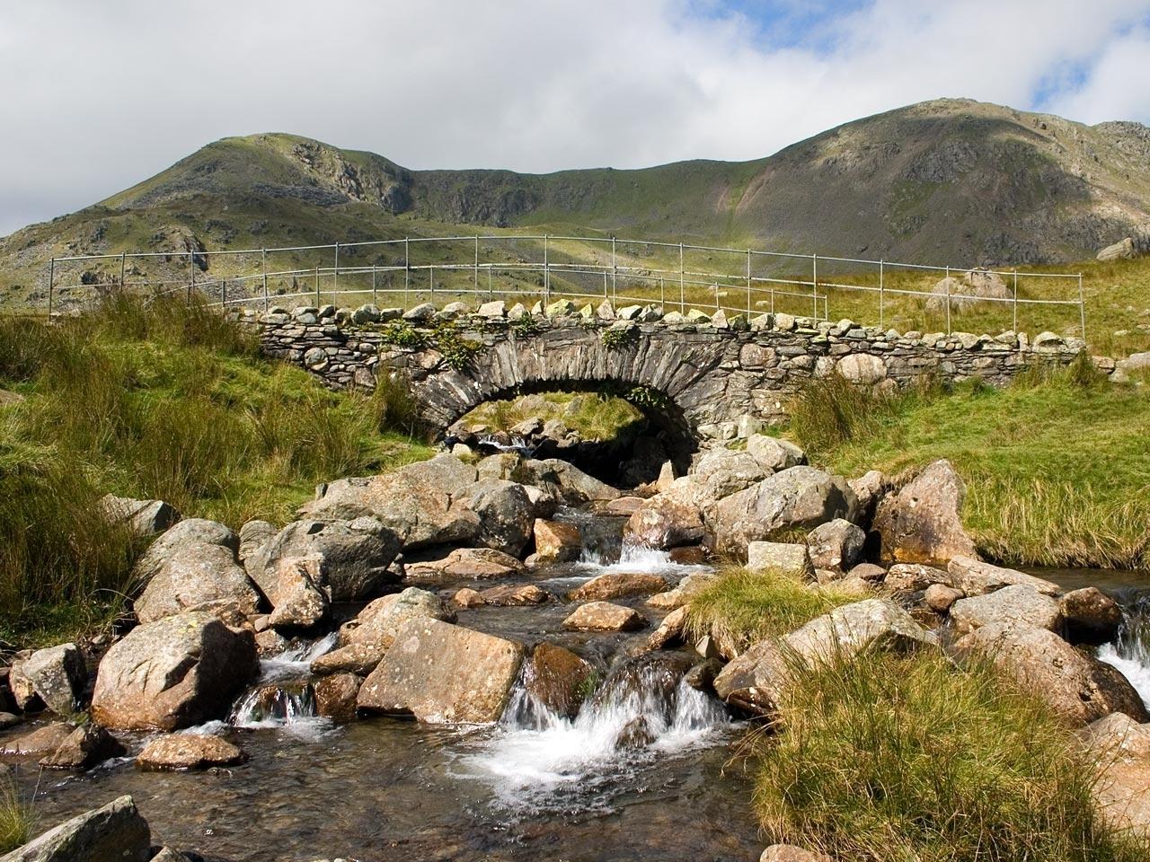 7885 скачать обои Пейзаж, Природа, Мосты, Камни, Горы, Водопады - заставки и картинки бесплатно
