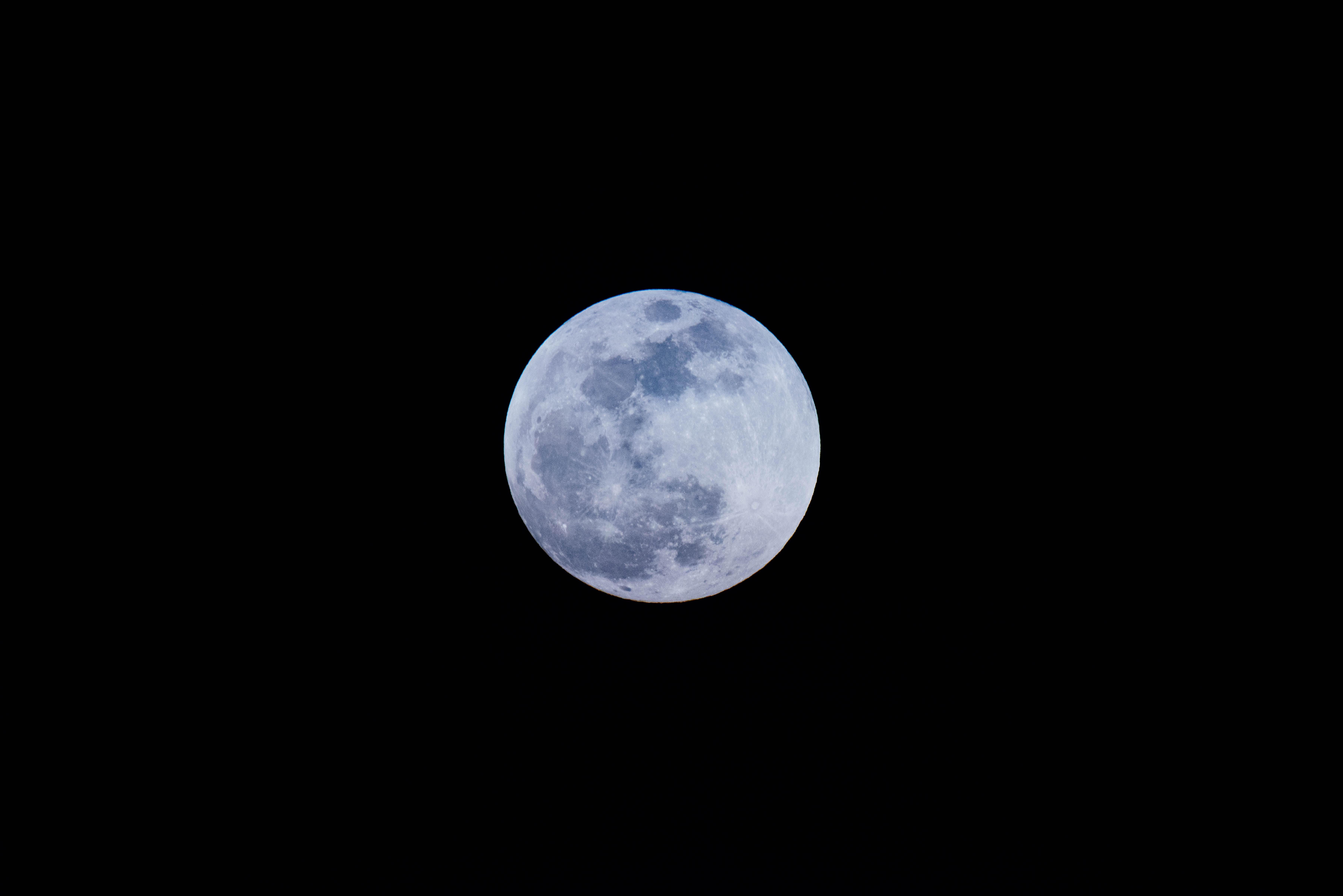 88288 скачать обои Луна, Космос, Полнолуние, Спутник - заставки и картинки бесплатно