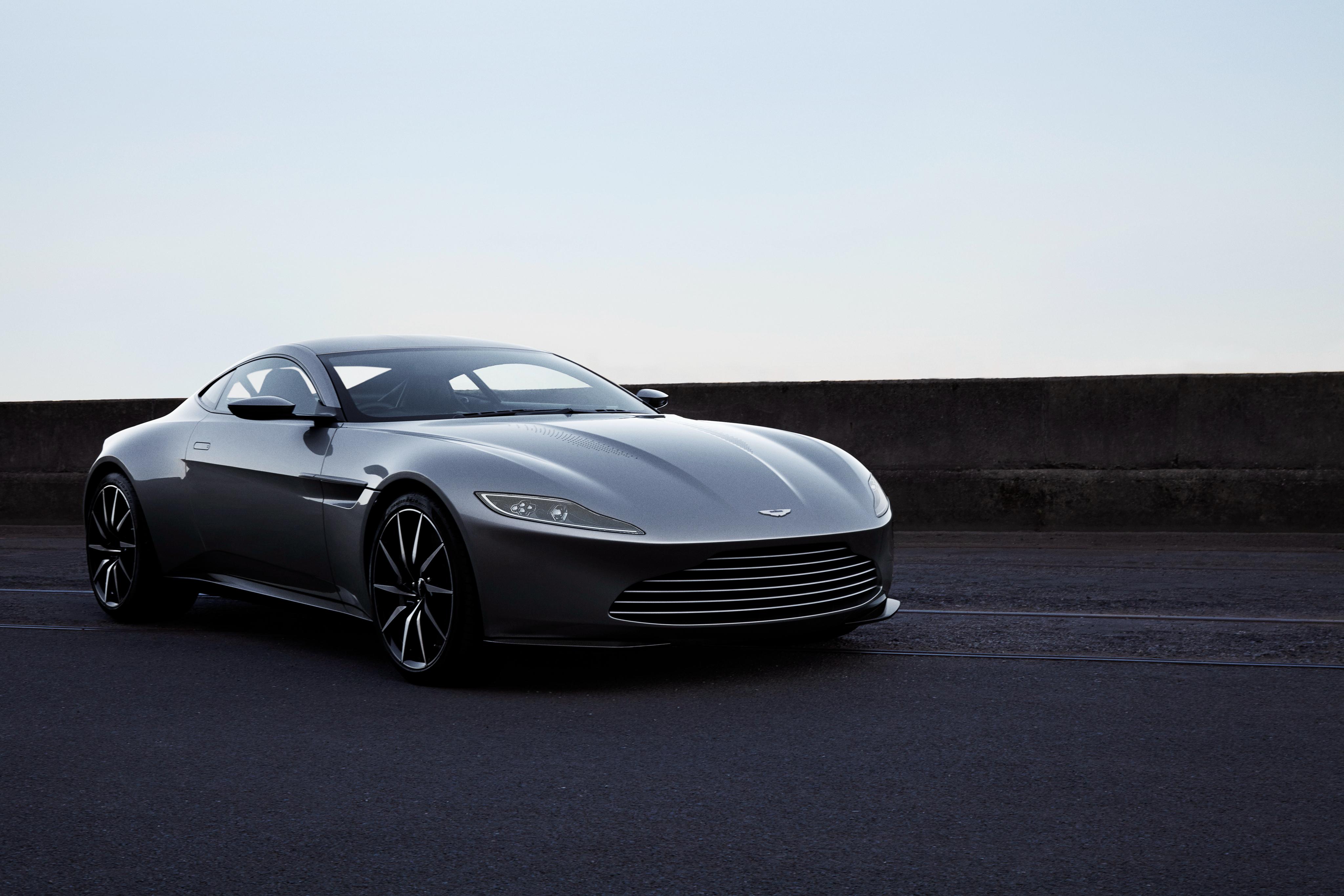 150968 Заставки и Обои Астон Мартин (Aston Martin) на телефон. Скачать Астон Мартин (Aston Martin), Тачки (Cars), Вид Сбоку, Серебристый, Db10 картинки бесплатно