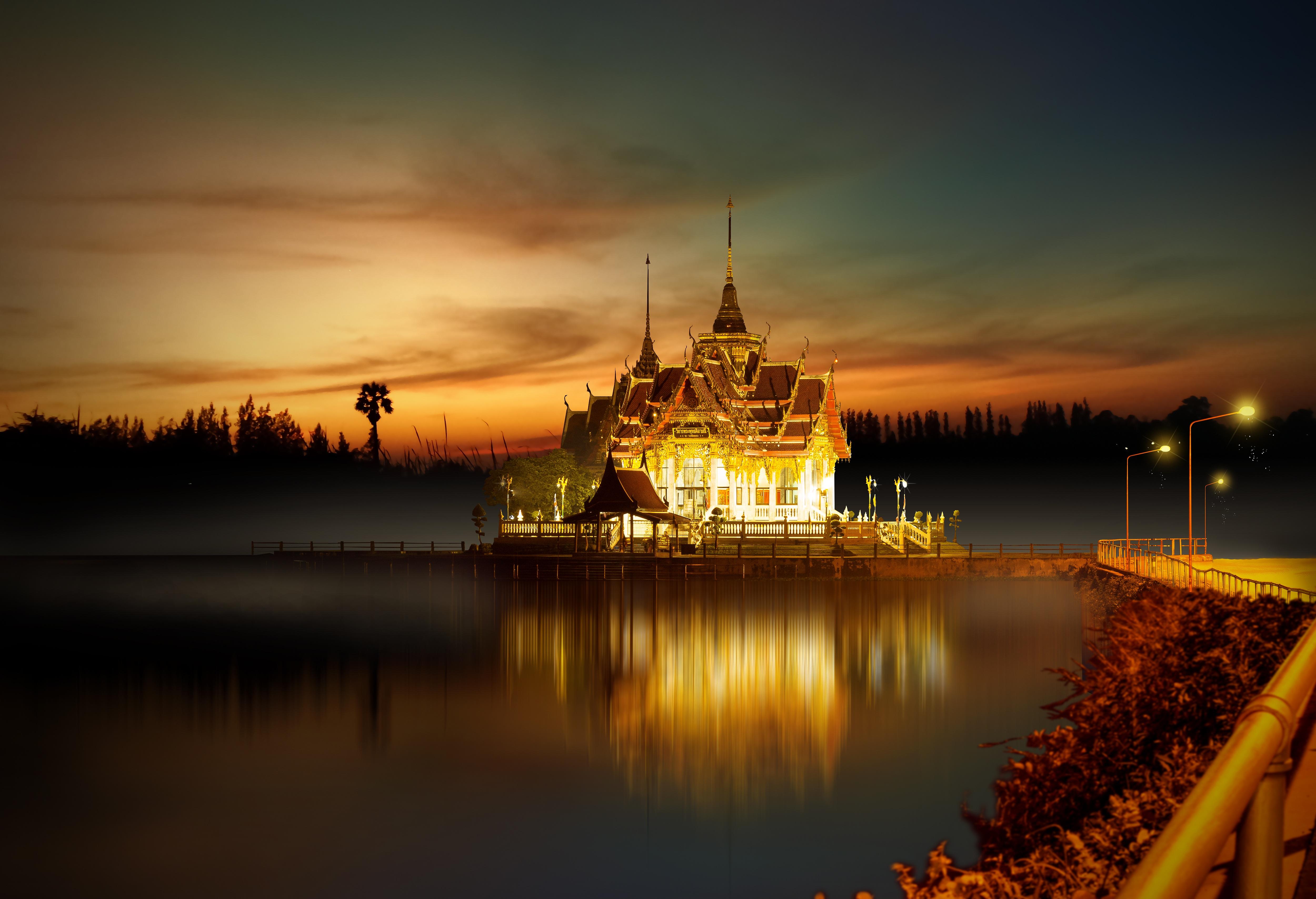 135838 Заставки и Обои Азия на телефон. Скачать Азия, Города, Архитектура, Буддизм, Храм, Освещение картинки бесплатно