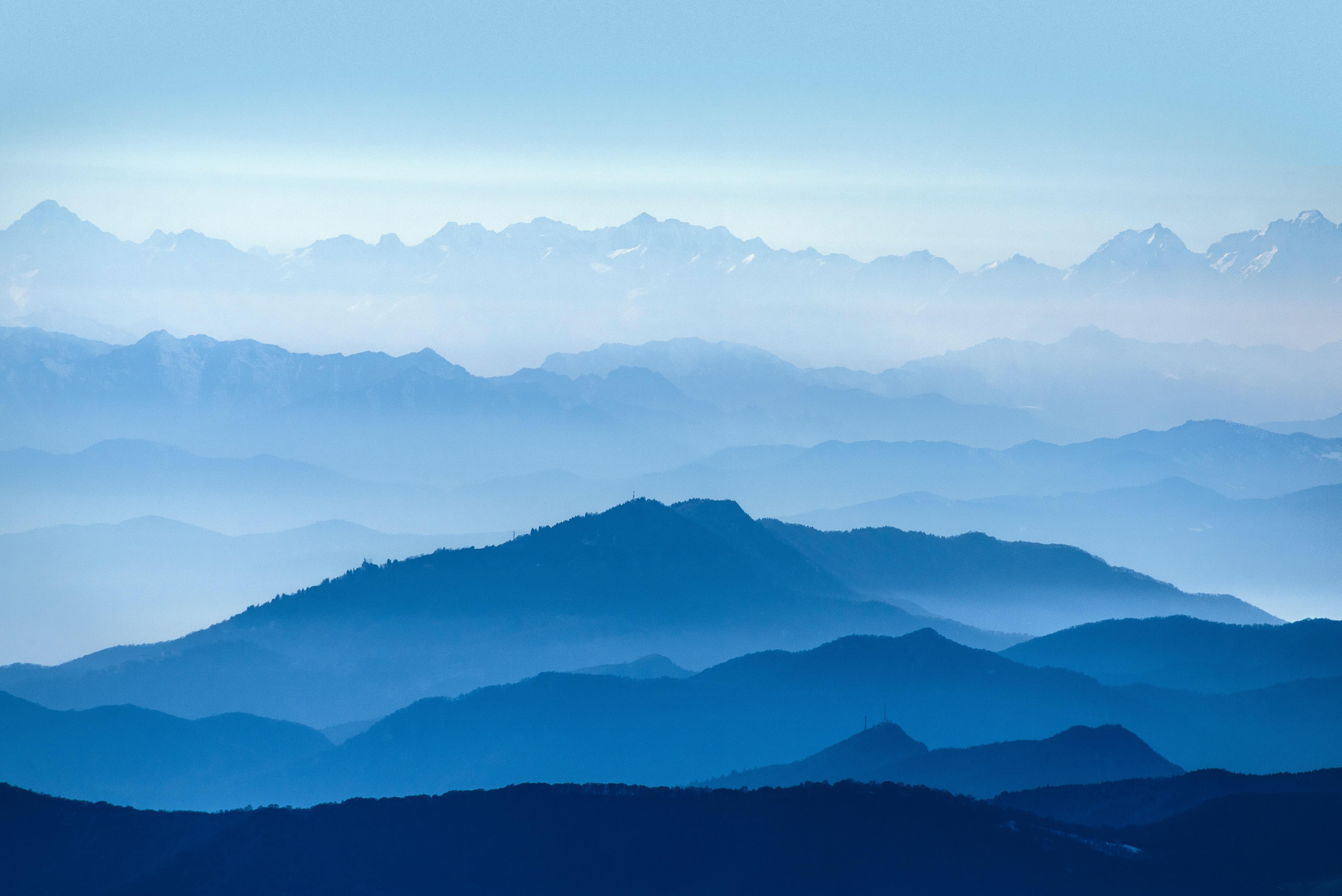 95934 обои 720x1520 на телефон бесплатно, скачать картинки Природа, Небо, Горы, Туман, Синий, Белый 720x1520 на мобильный