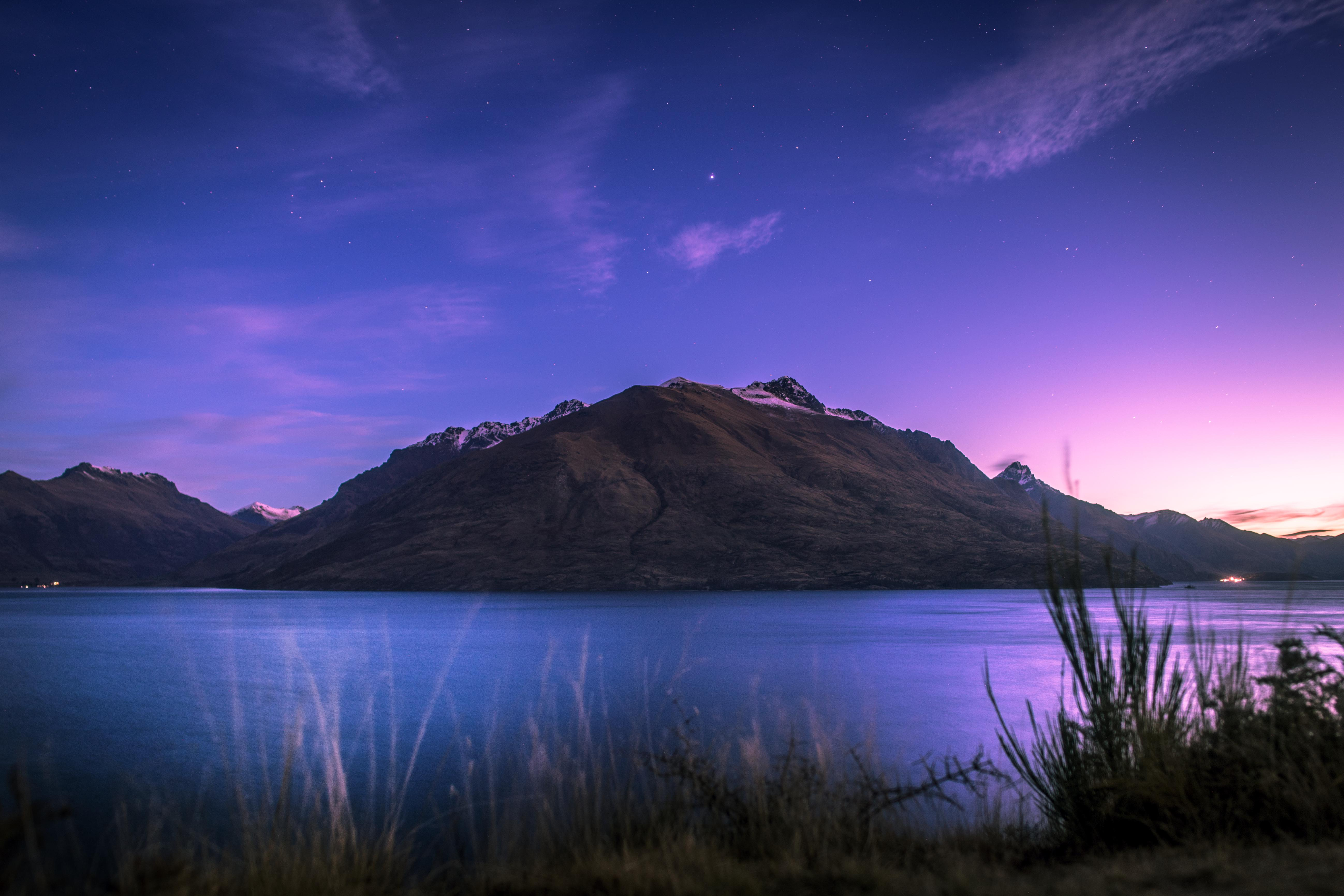 50389 Screensavers and Wallpapers New Zealand for phone. Download Mountain, Nature, Lake, Wakatipu, New Zealand pictures for free