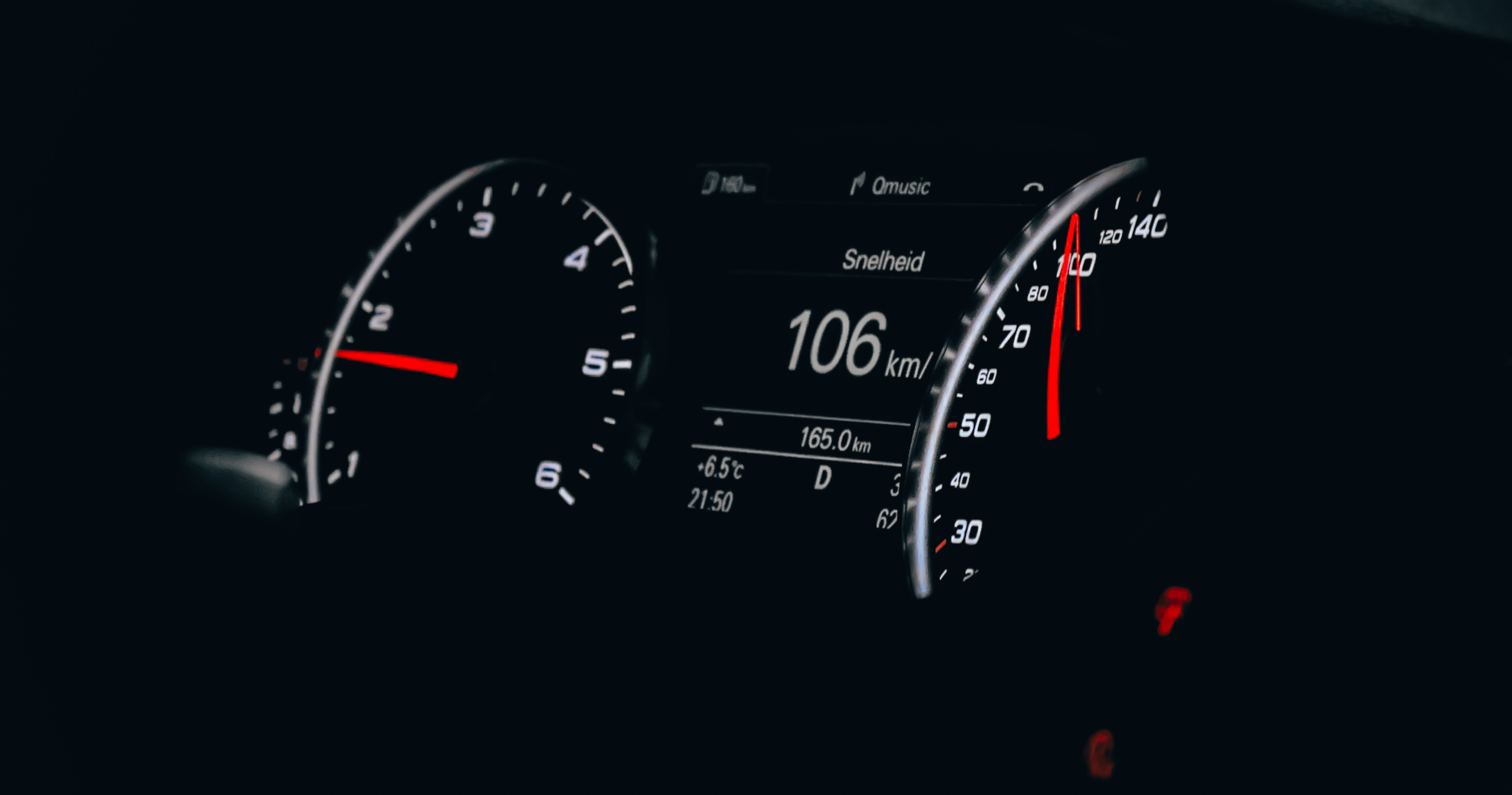 155926 Hintergrundbild herunterladen Cars, Pfeil, Der Verkehr, Bewegung, Geschwindigkeit, Tachometer, Tacho - Bildschirmschoner und Bilder kostenlos