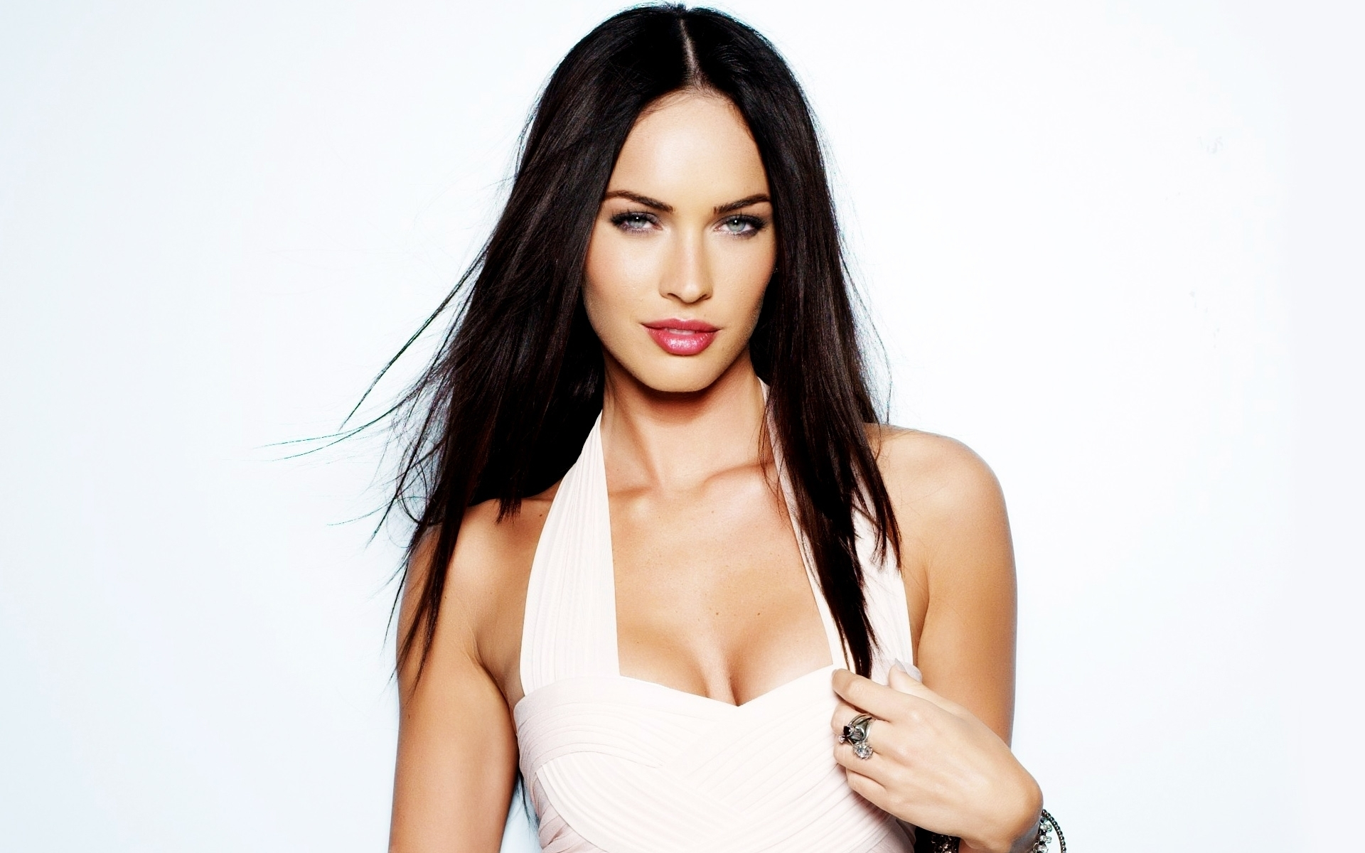 37178 download wallpaper People, Megan Fox, Girls, Actors screensavers and pictures for free