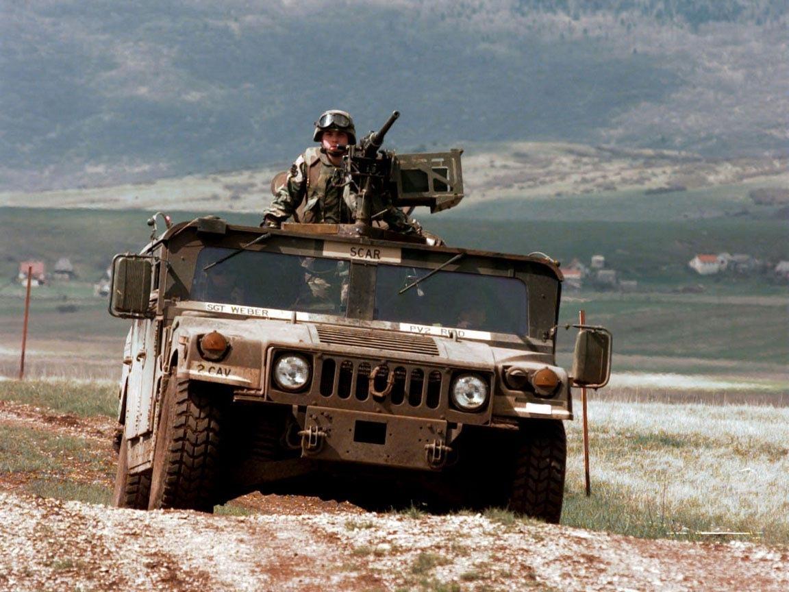 33905 скачать обои Транспорт, Машины, Хаммер (Hummer), Оружие - заставки и картинки бесплатно