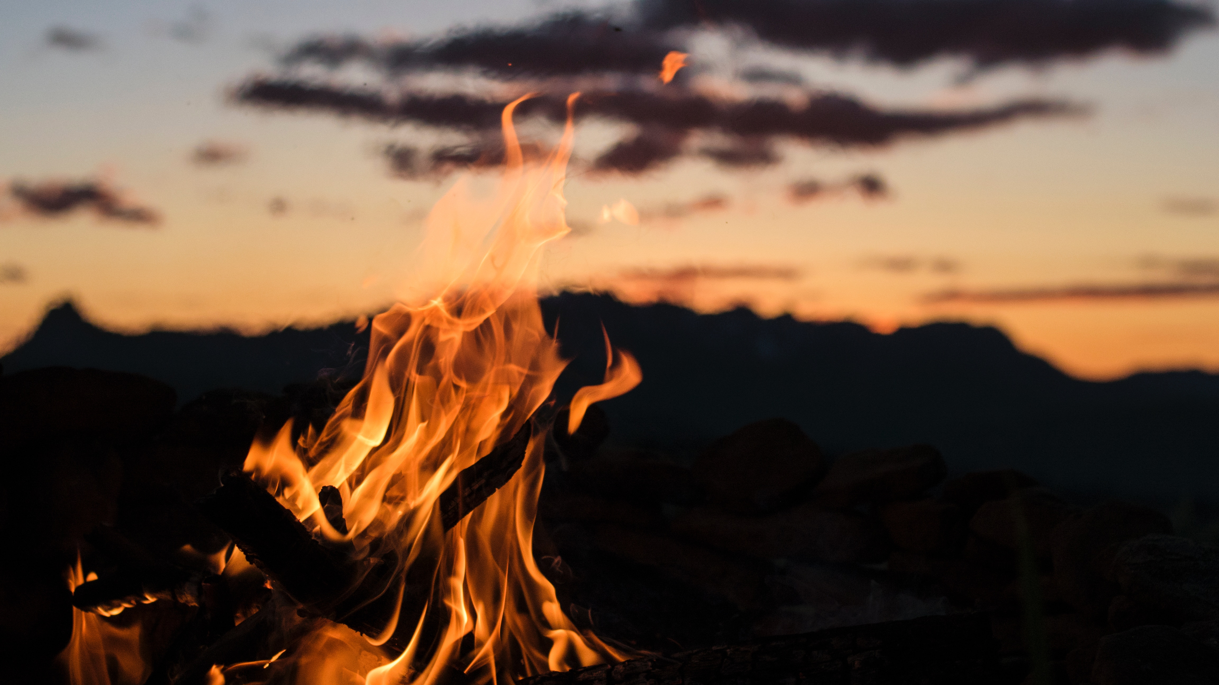 92423 Screensavers and Wallpapers Bonfire for phone. Download Fire, Bonfire, Night, Dark, Flame, Blur, Smooth pictures for free