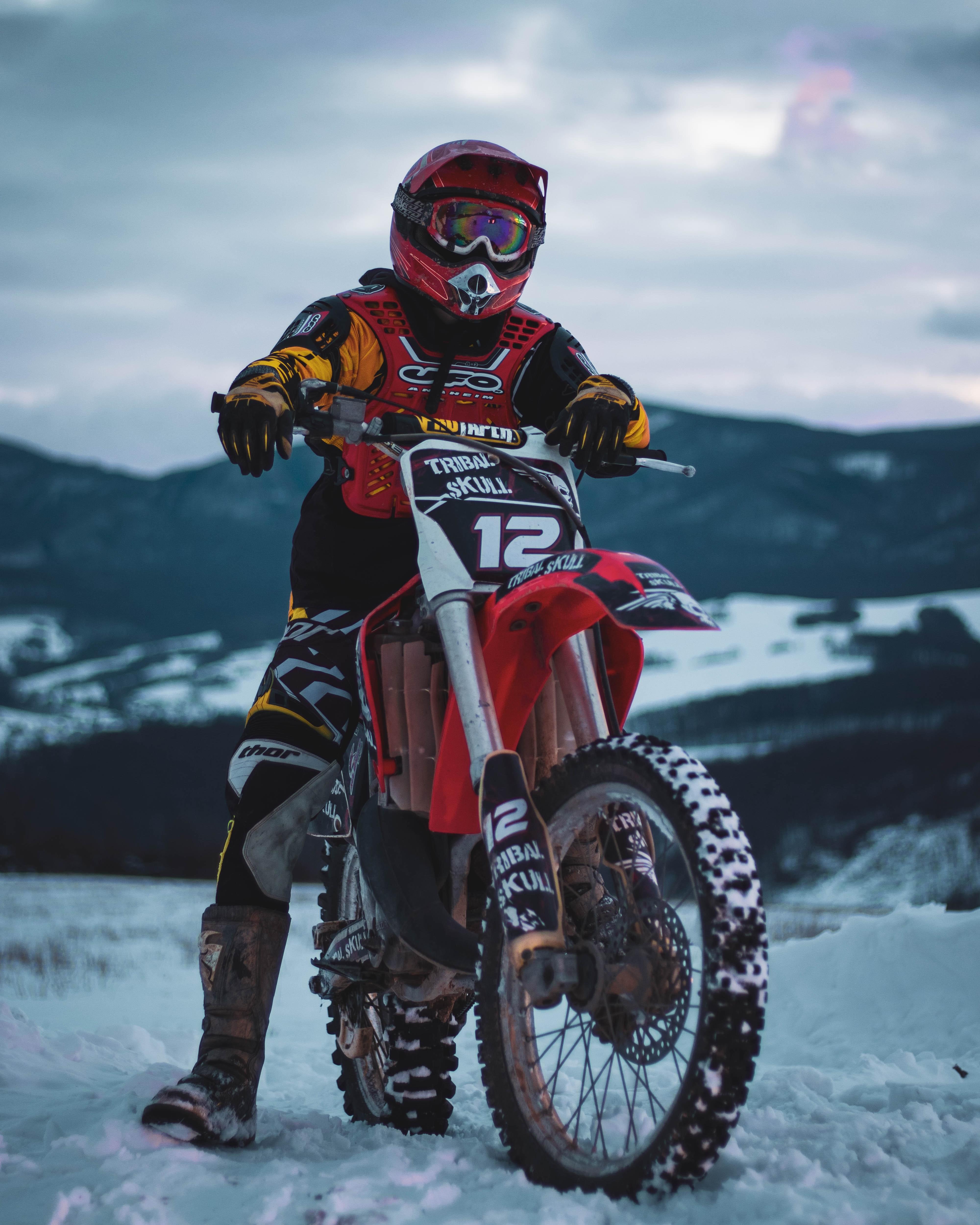 141660 Заставки и Обои Мотоциклы на телефон. Скачать Мотоциклы, Зима, Снег, Мотоциклист, Мотоцикл, Кросс картинки бесплатно