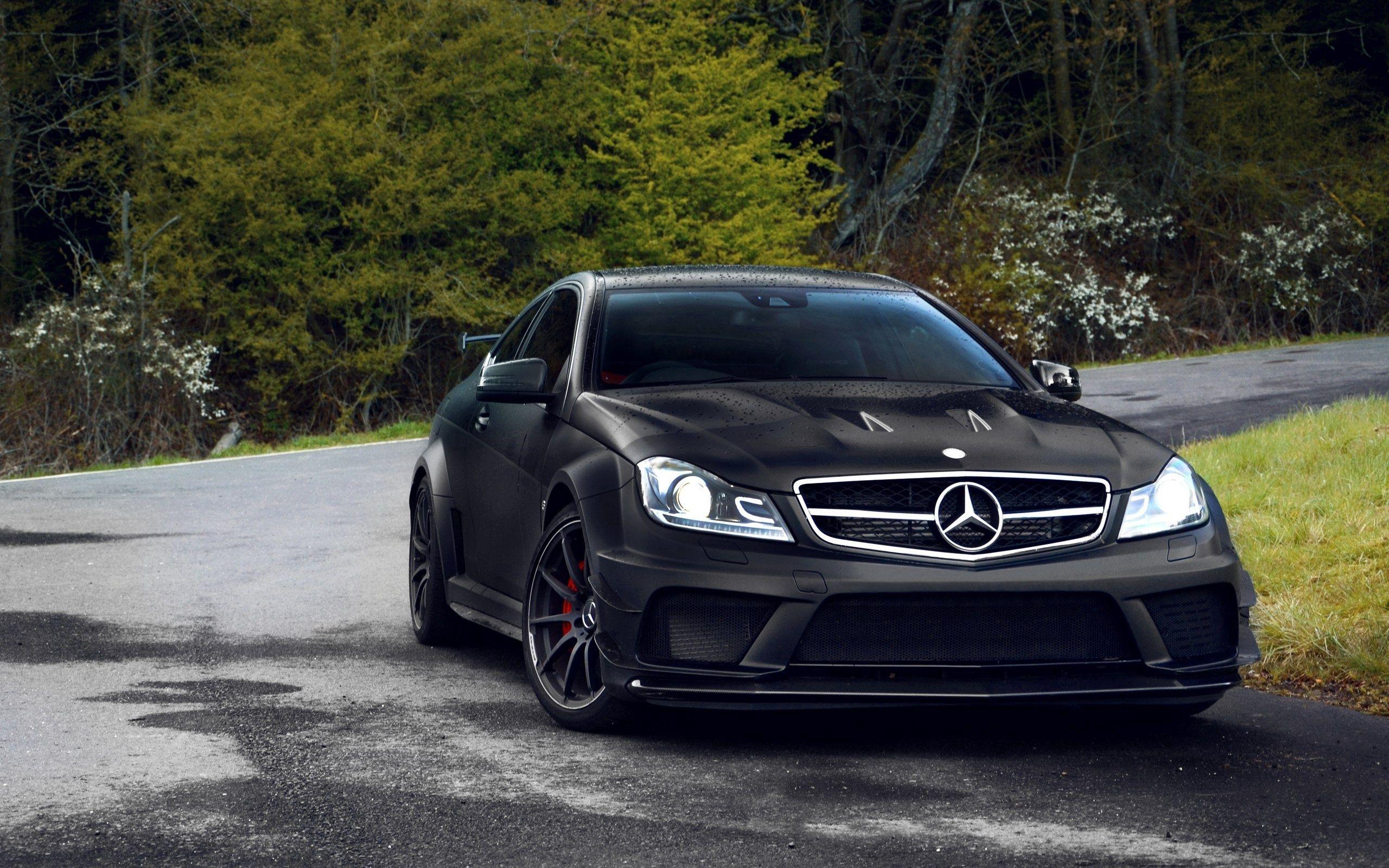 52390 Hintergrundbild herunterladen Auto, Mercedes, Cars, Straße, Das Schwarze, Schön - Bildschirmschoner und Bilder kostenlos