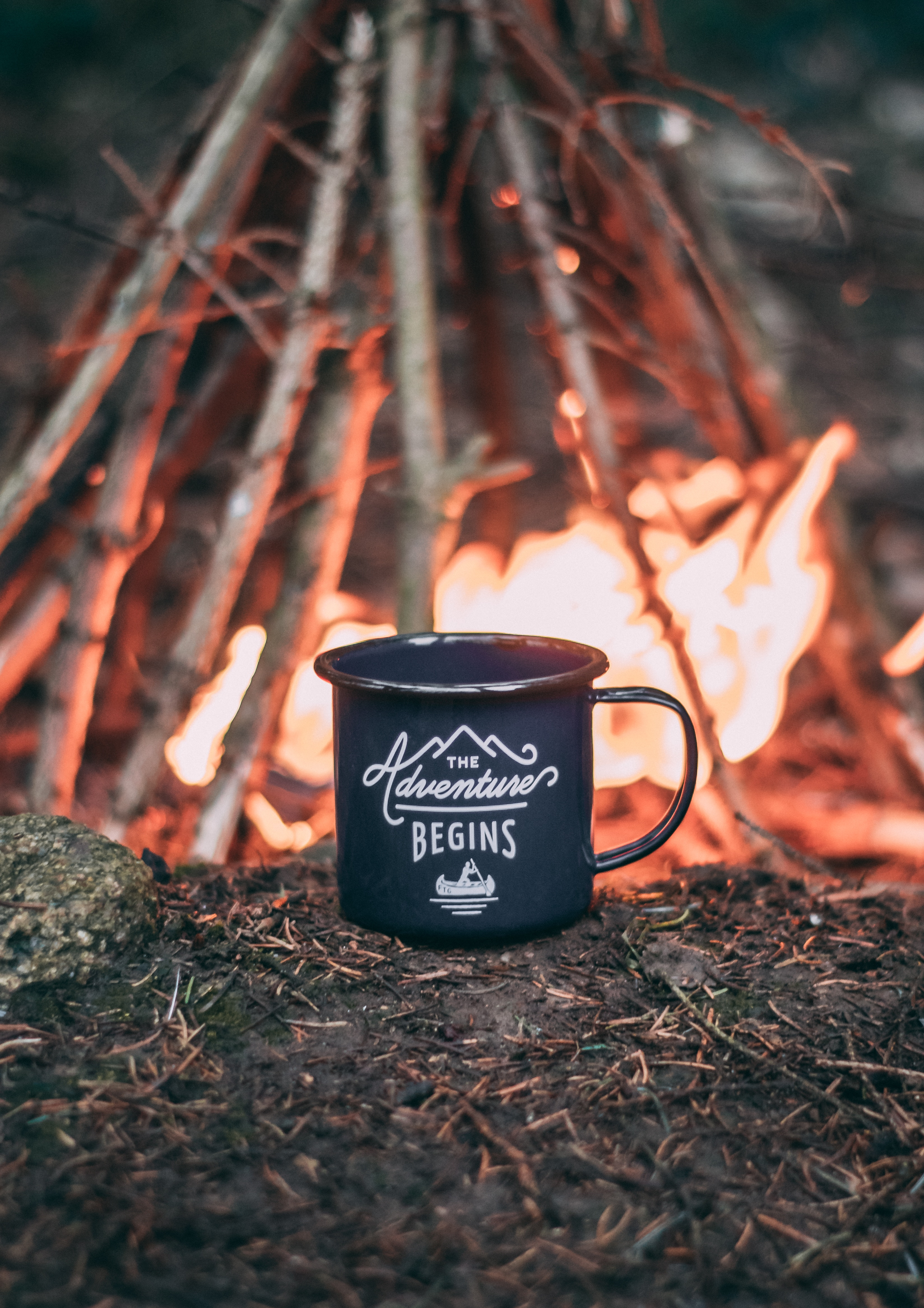65924 download wallpaper Bonfire, Words, Cup, Journey, Camping, Campsite, Mug screensavers and pictures for free