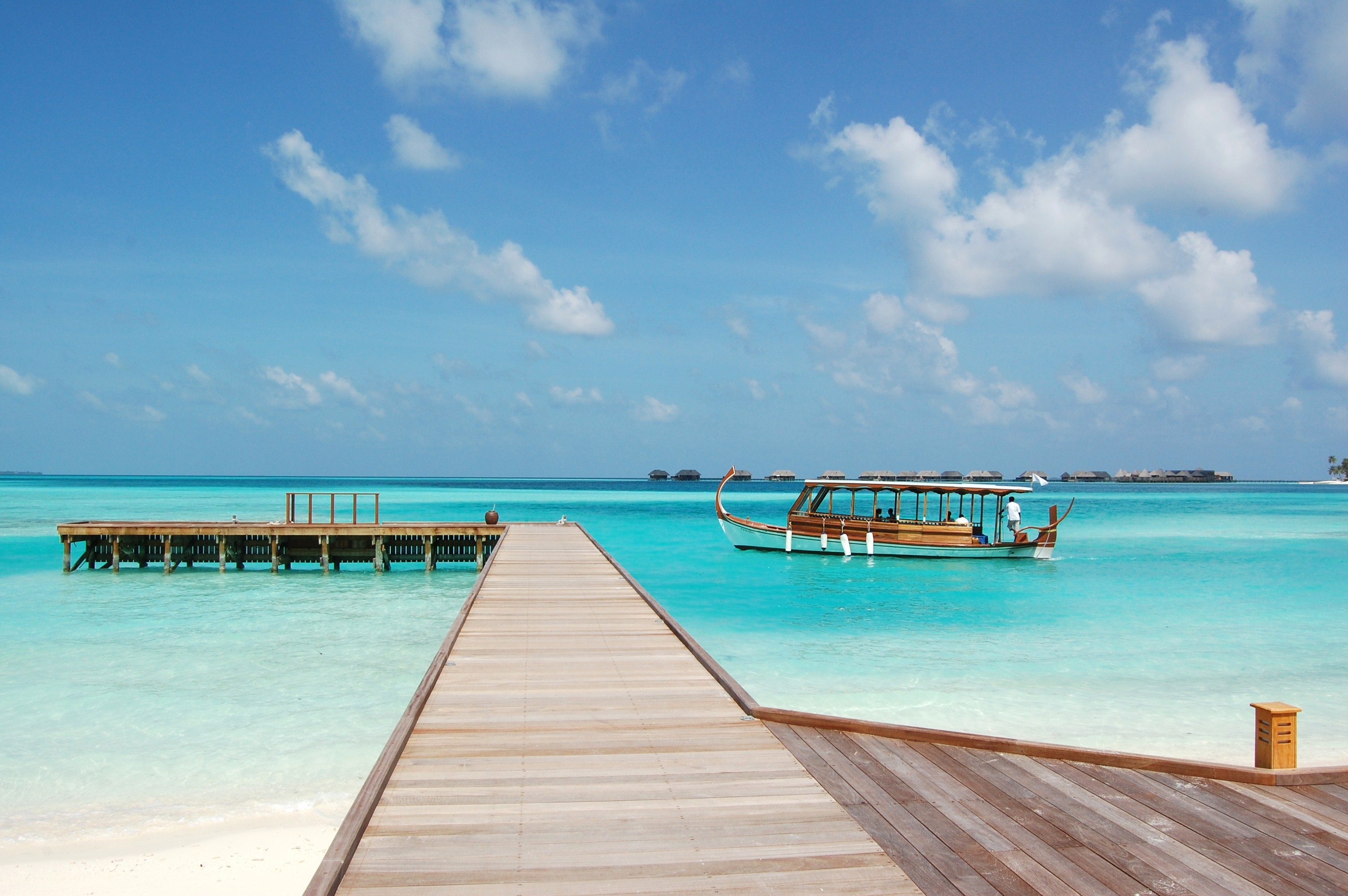 108755 скачать обои Мальдивы, Небо, Природа, Море, Пляж - заставки и картинки бесплатно