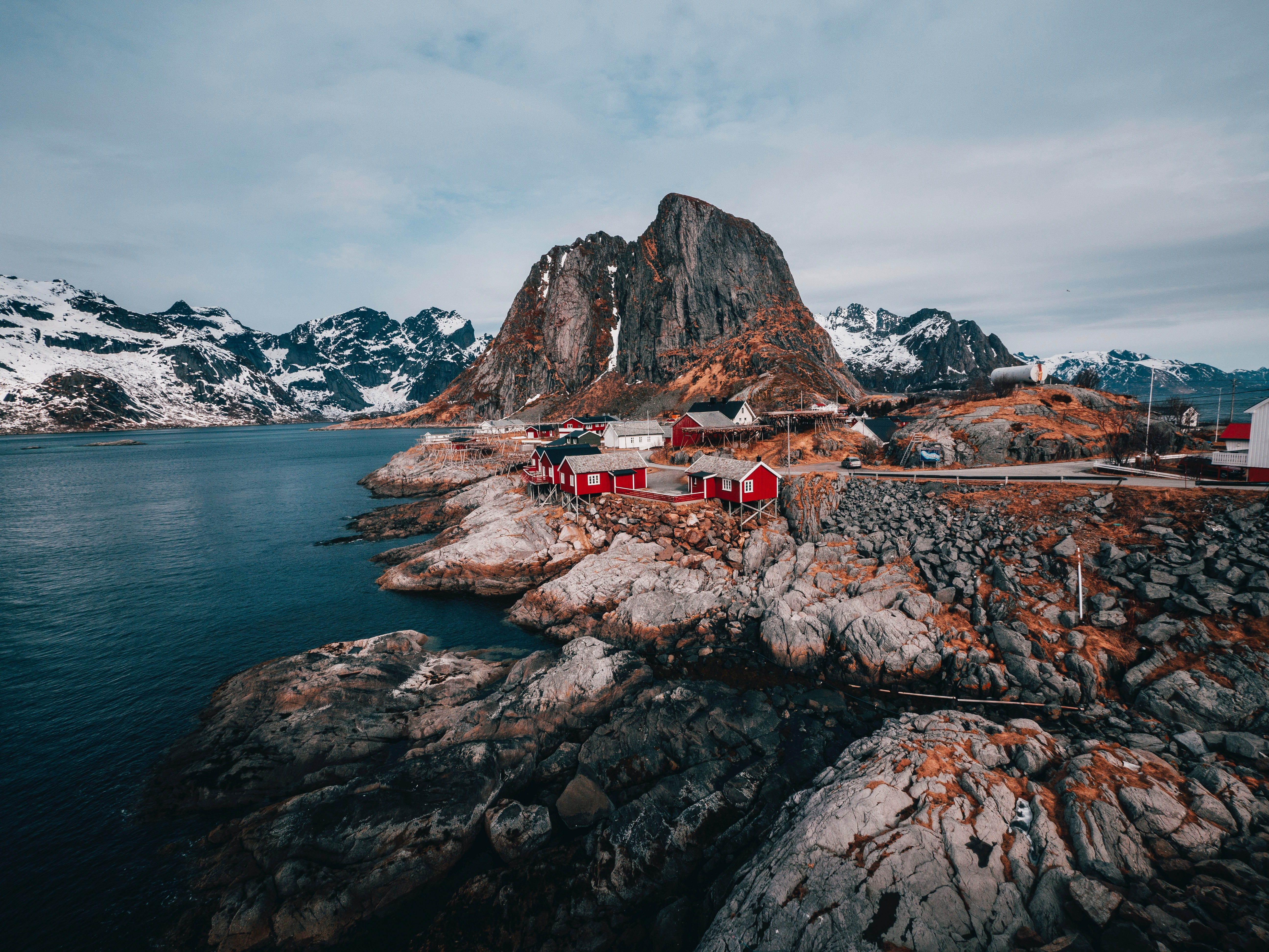 135386 download wallpaper Nature, Mountains, Rocks, Journey, Relaxation, Rest, Norway, Buildings, Lofoten Islands, Svolver screensavers and pictures for free