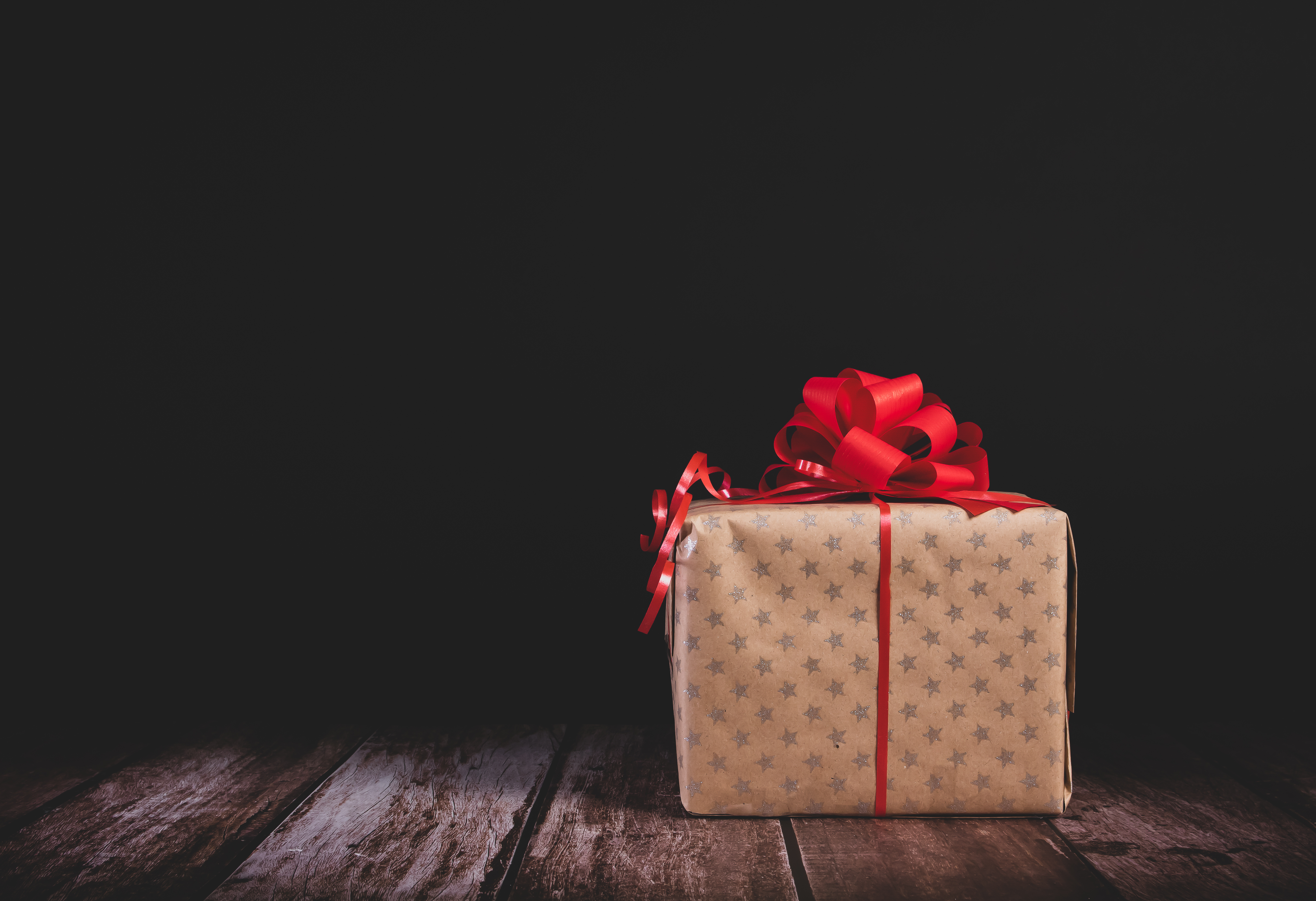 79161 download wallpaper Holidays, Present, Gift, Box, Bow, Holiday screensavers and pictures for free