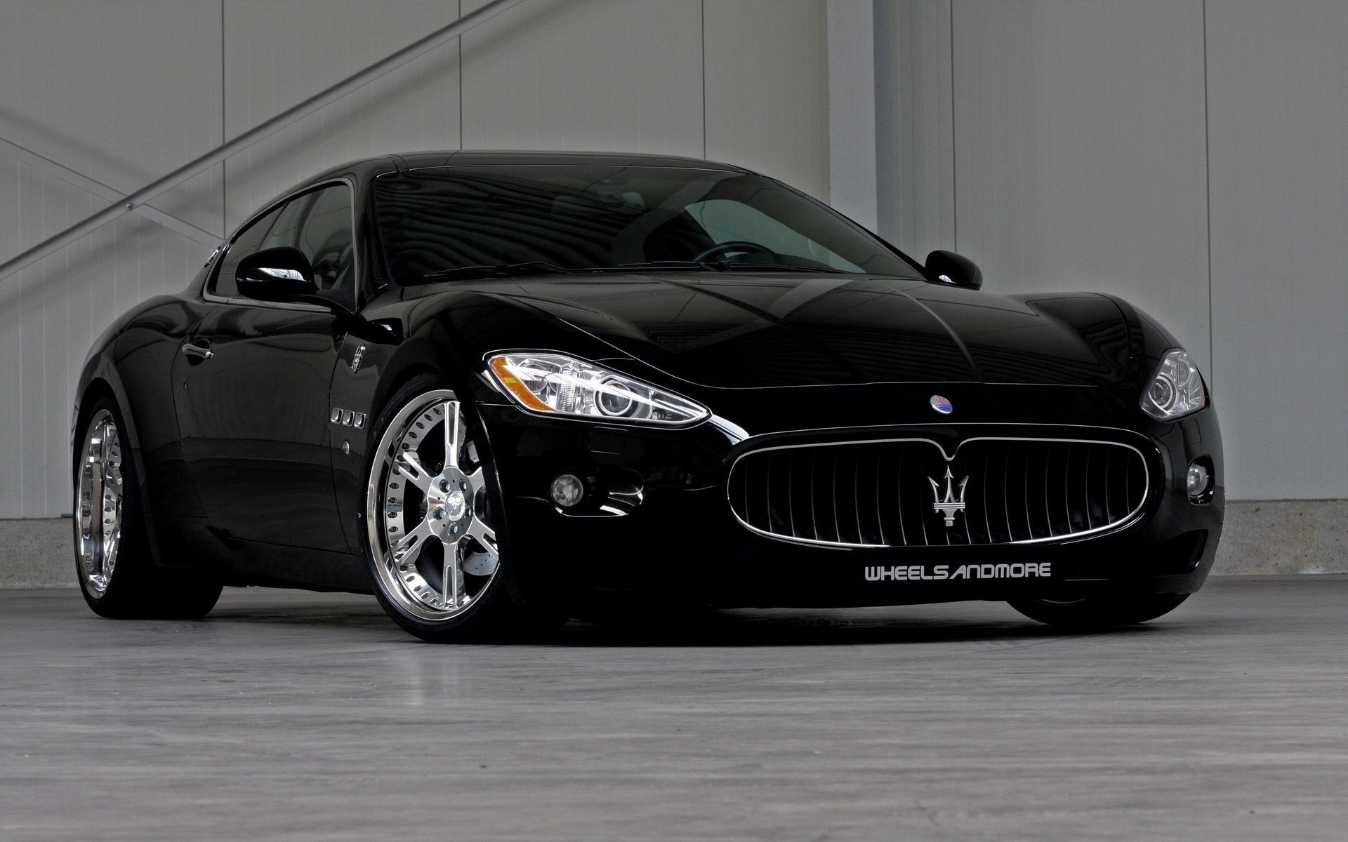 131964 download wallpaper Cars, Maserati, Stylish, Salon screensavers and pictures for free