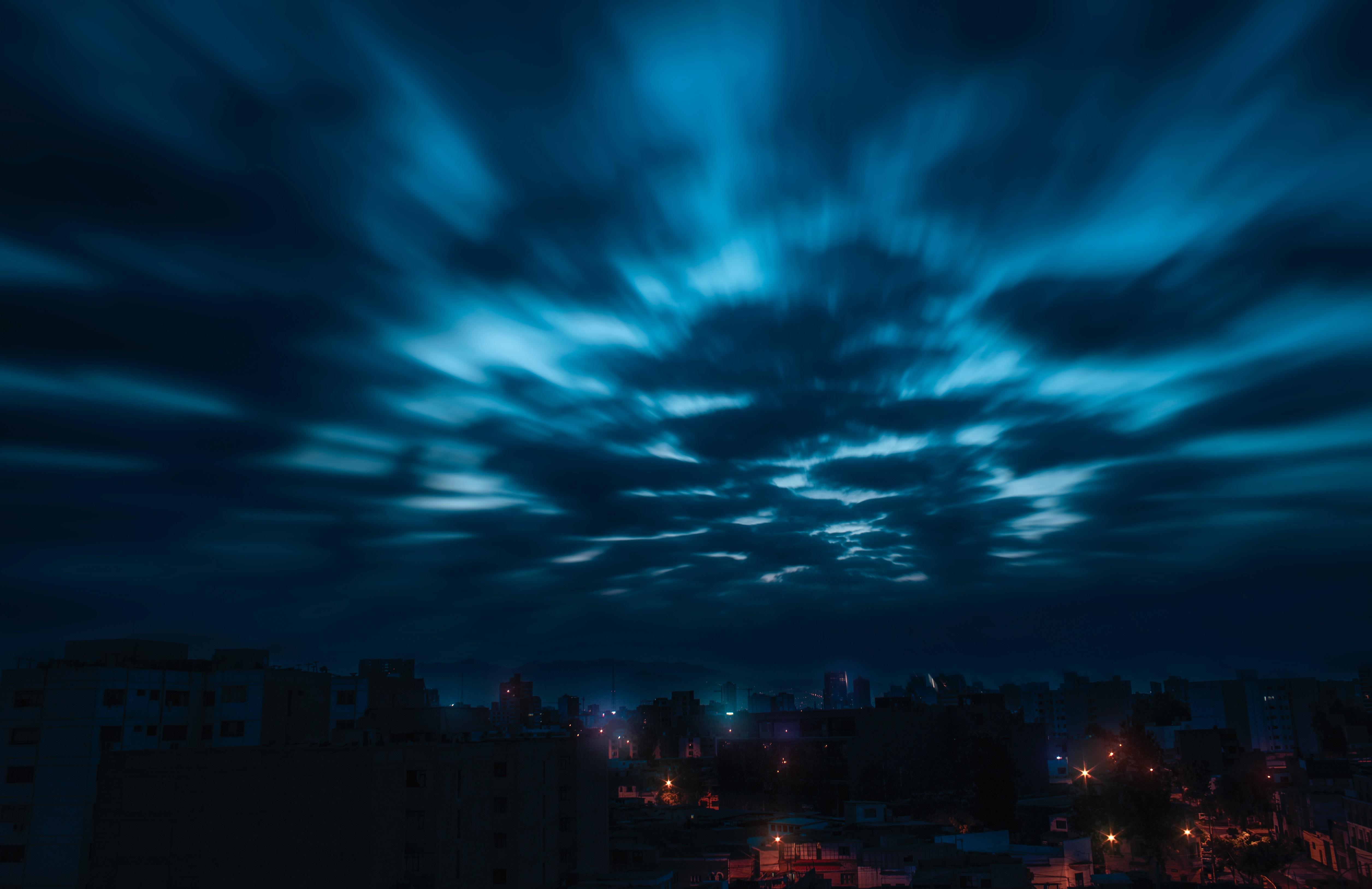 92466 papel de parede 1125x2436 em seu telefone gratuitamente, baixe imagens Natureza, Céu, Noite, Nuvens, Cidade 1125x2436 em seu celular