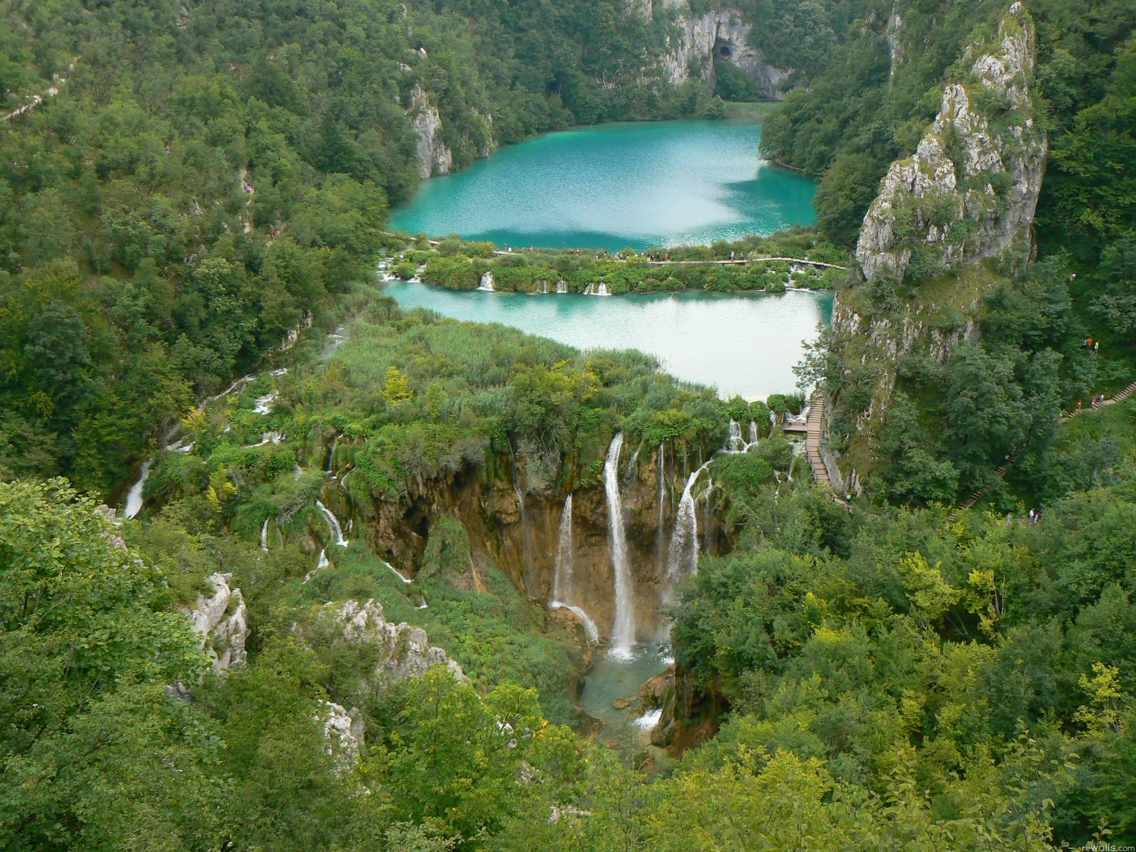 111022 download wallpaper Nature, Forest, Height, Thickets, Thicket, Dam, Rocks, Waterfalls screensavers and pictures for free
