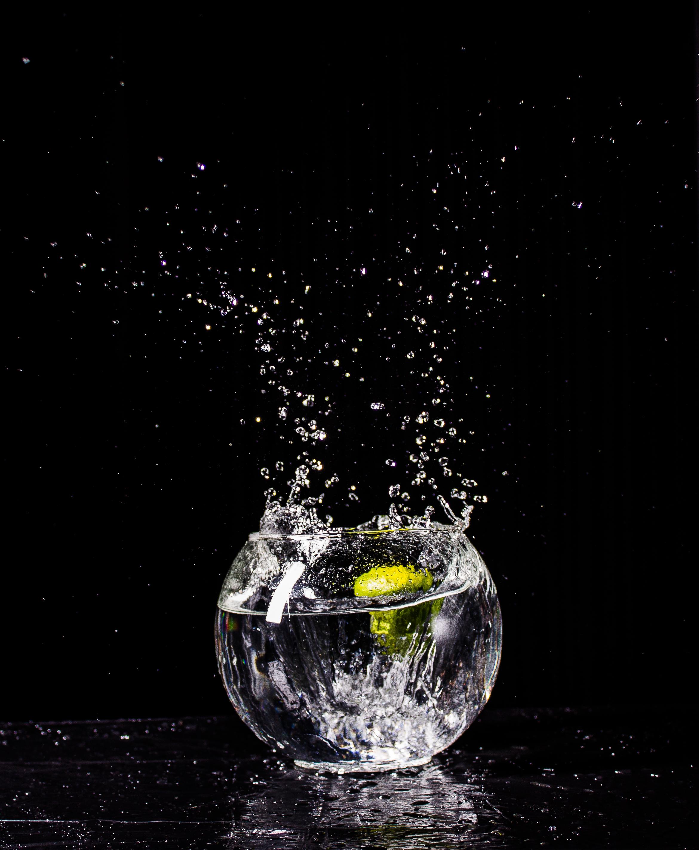 130154 скачать обои Капли, Вода, Черный, Всплеск, Стеклянный - заставки и картинки бесплатно