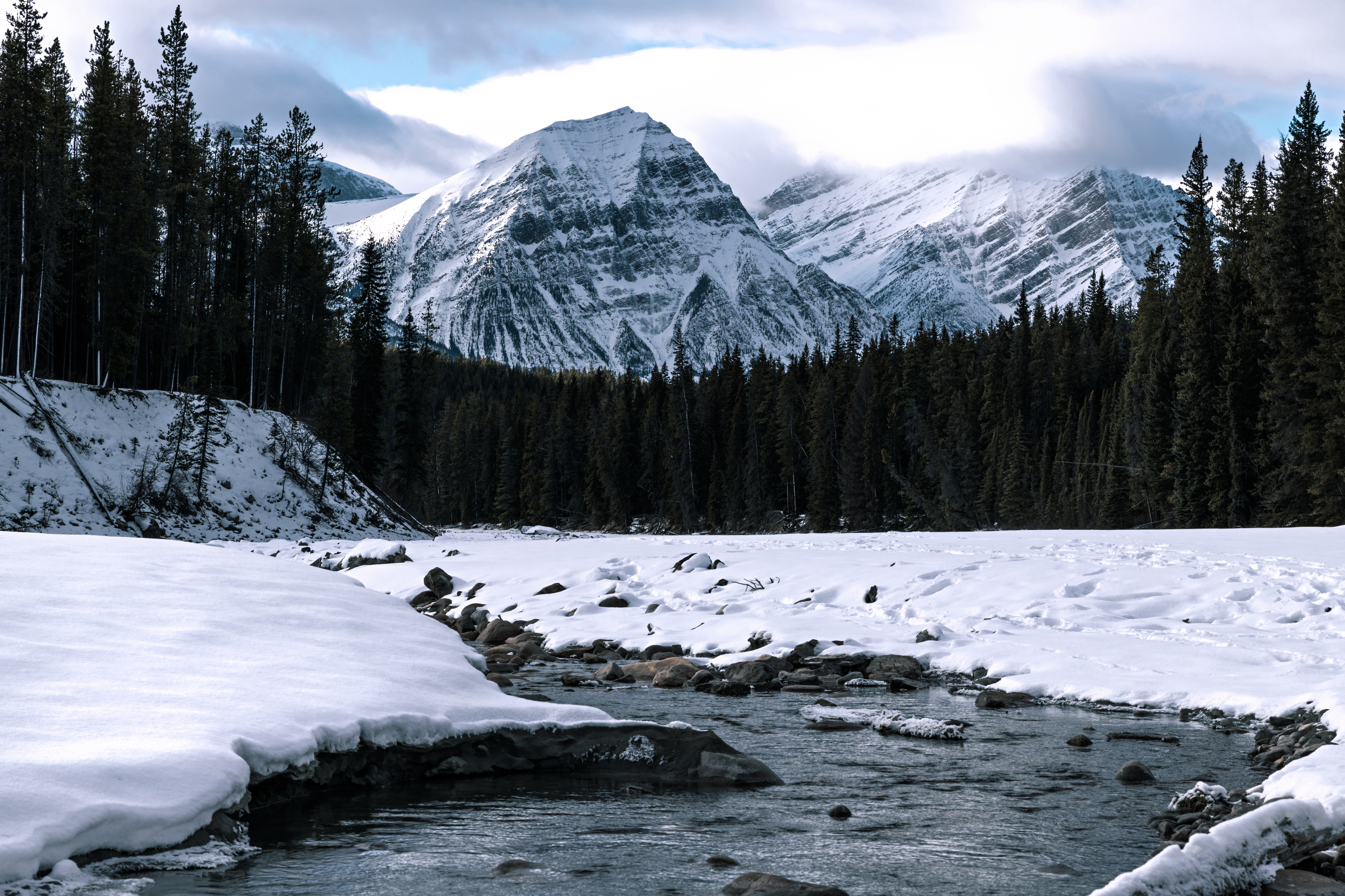 150573 download wallpaper Nature, Vertex, Top, Snow, Rivers screensavers and pictures for free