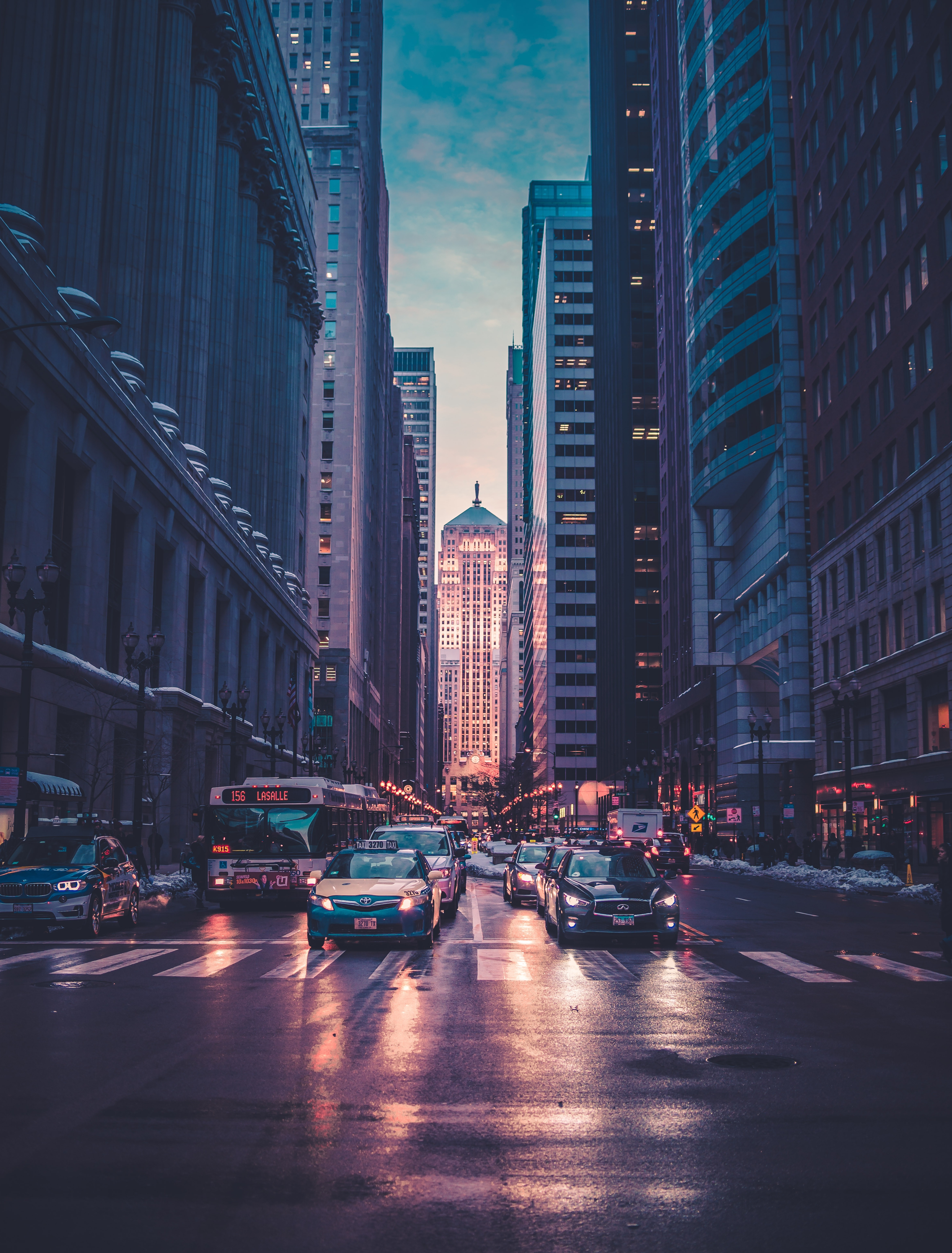 113060 Screensavers and Wallpapers Markup for phone. Download Cities, Usa, Cars, Road, Markup, Skyscrapers, United States, Megapolis, Megalopolis, Chicago pictures for free
