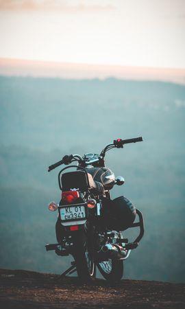 121311 descargar fondo de pantalla Motocicletas, Motocicleta, Bicicleta, Vista Trasera, Transporte: protectores de pantalla e imágenes gratis
