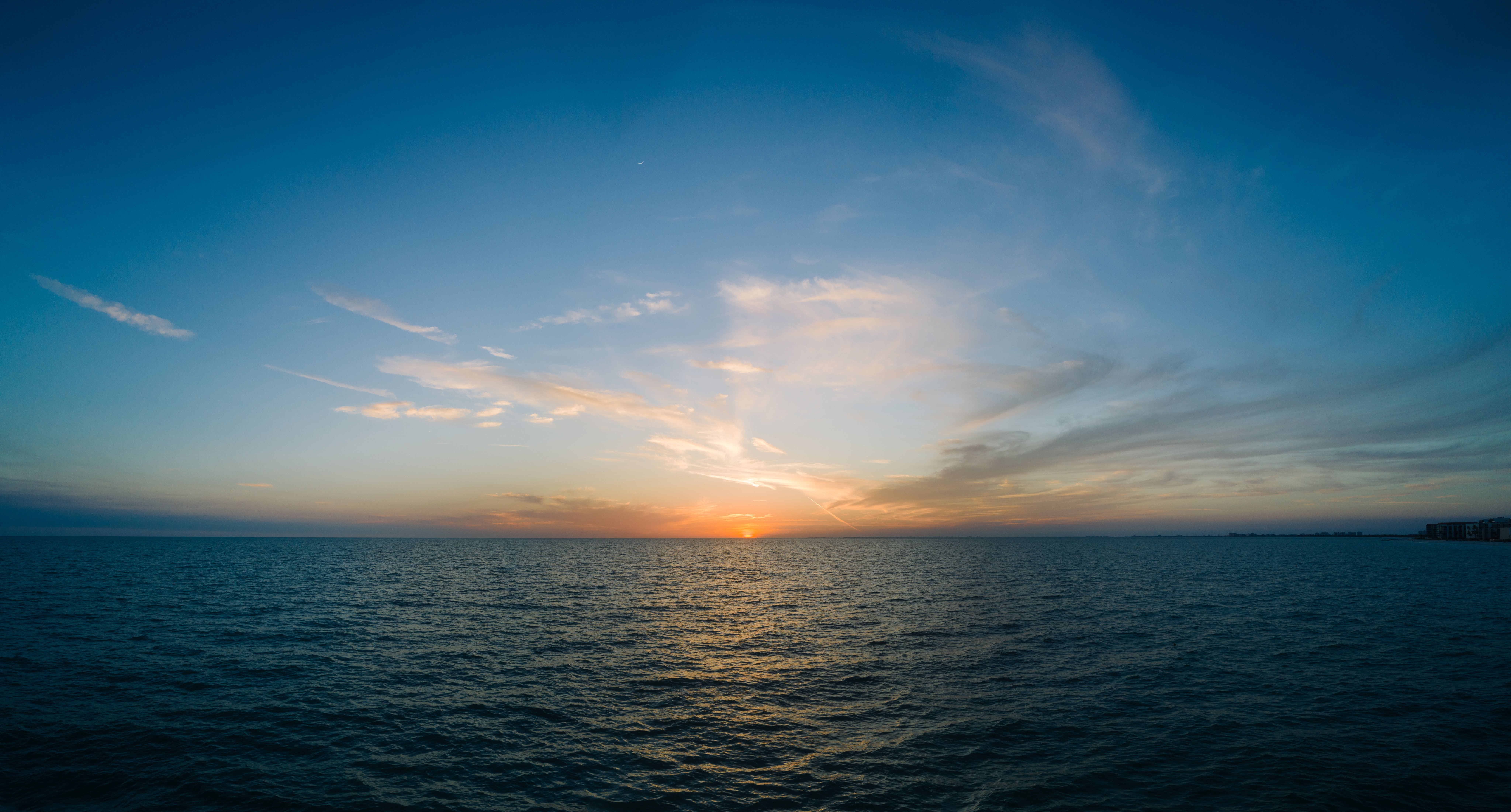 116384 скачать обои Природа, Море, Горизонт, Закат, Облака, Небо - заставки и картинки бесплатно