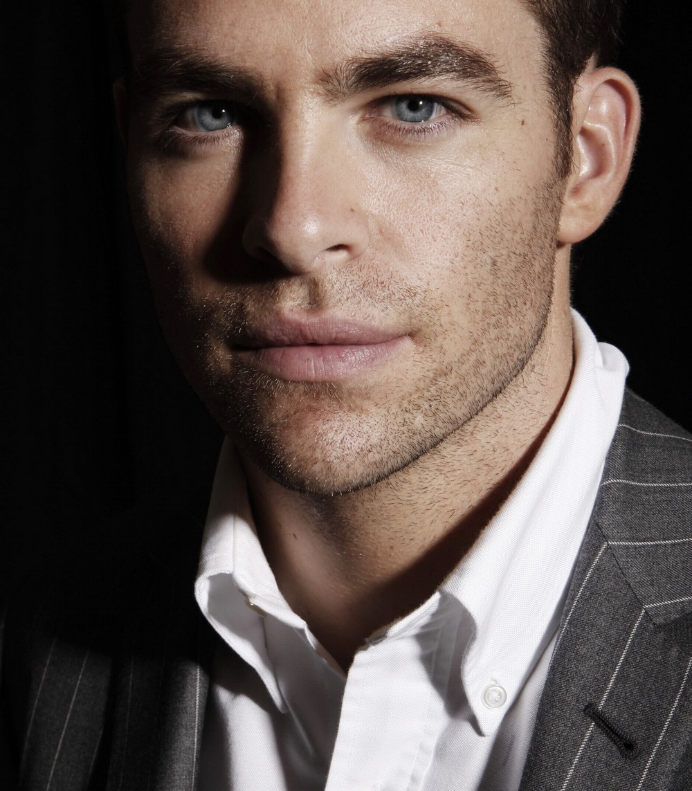 19209 download wallpaper People, Actors, Men, Chris Pine screensavers and pictures for free