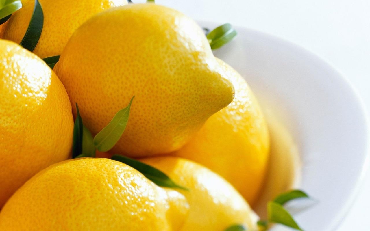 1121 скачать обои Фрукты, Еда, Лимоны - заставки и картинки бесплатно