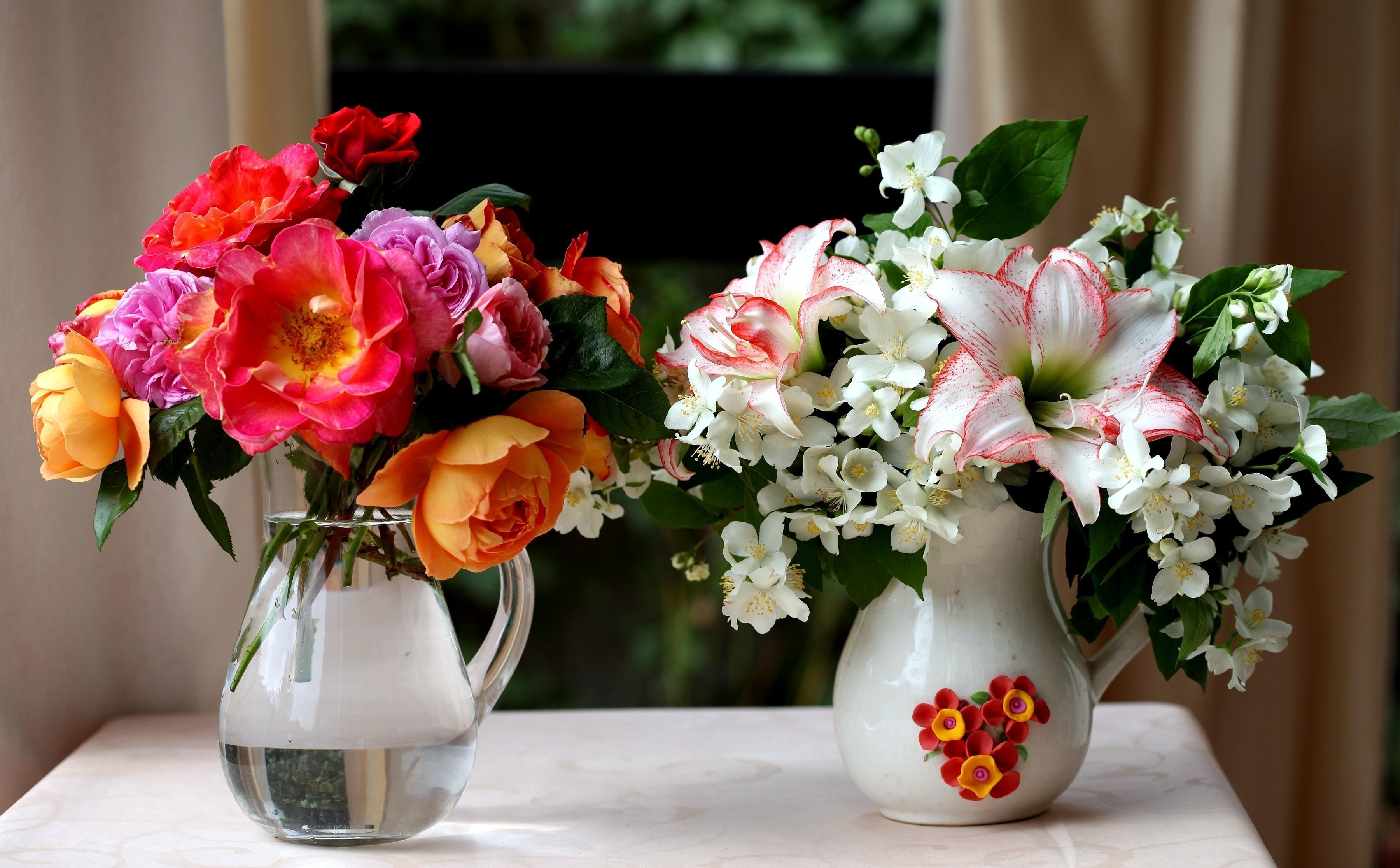 55603 télécharger le fond d'écran Fleurs, Lilies, Jasmin, Cruches, Roses, Bouquets - économiseurs d'écran et images gratuitement