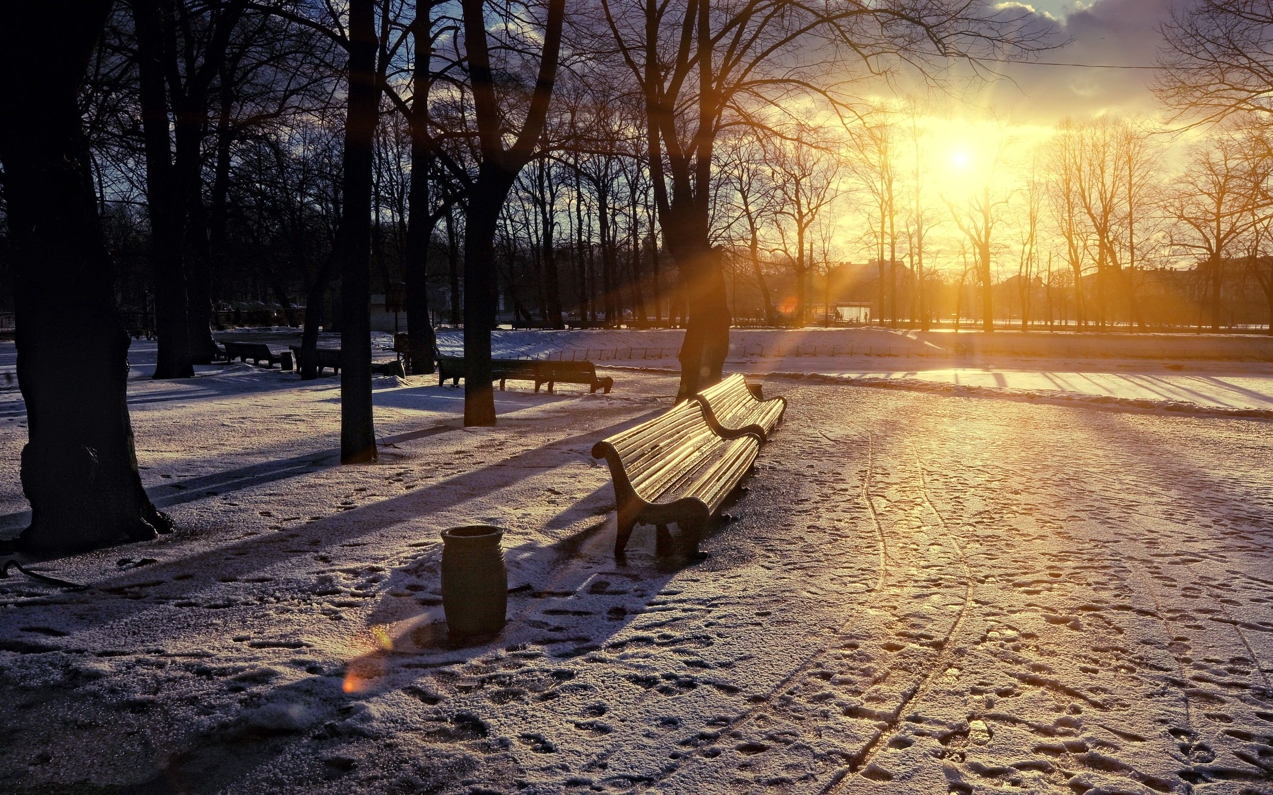 76319 Screensavers and Wallpapers Bench for phone. Download Winter, Cities, Sunset, Snow, Park, Bench, Lights Of A Sun, Rays Of The Sun pictures for free