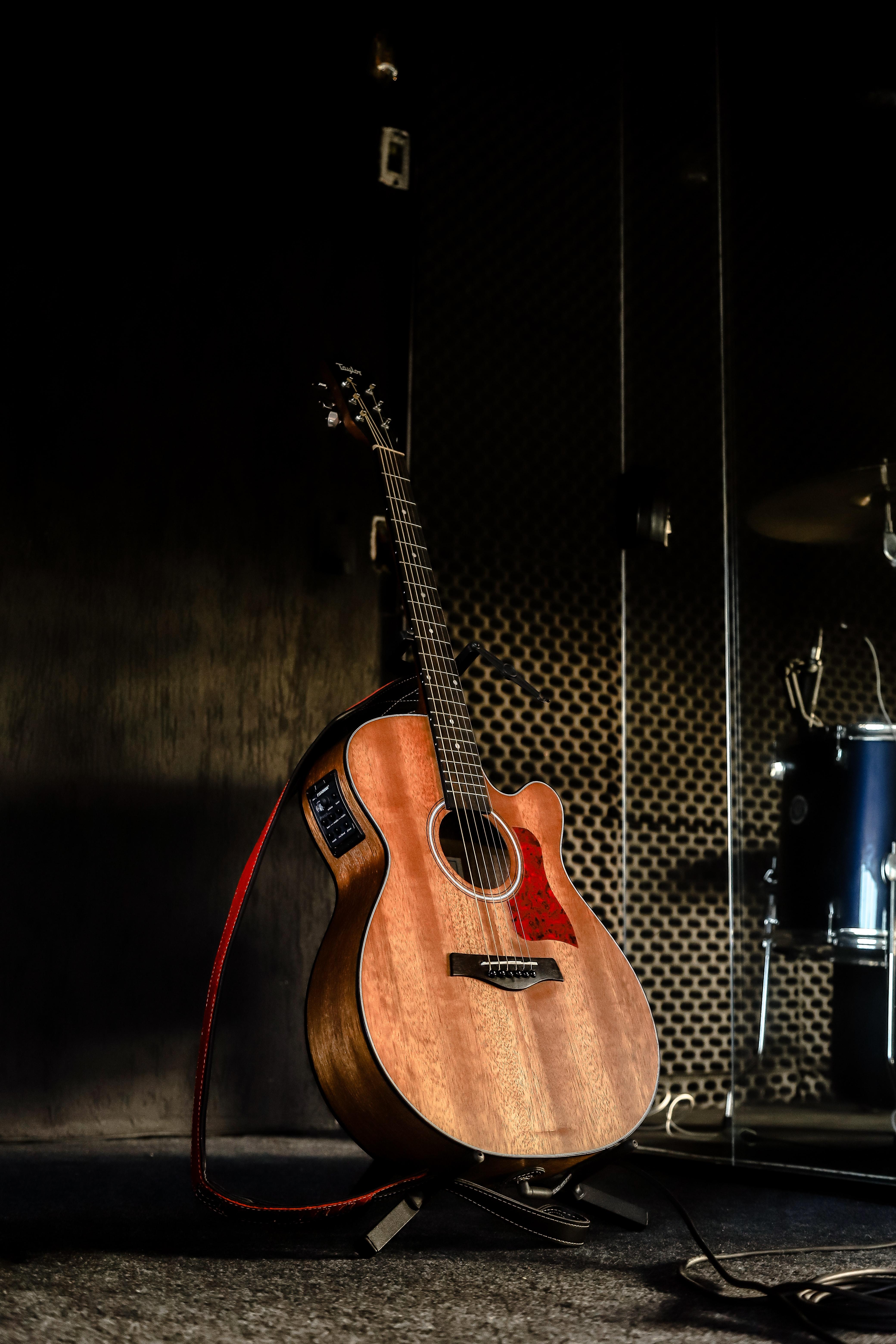136635 baixar papel de parede Música, Castanho, Marrom, Guitarra, Violão, Instrumento Musical - protetores de tela e imagens gratuitamente