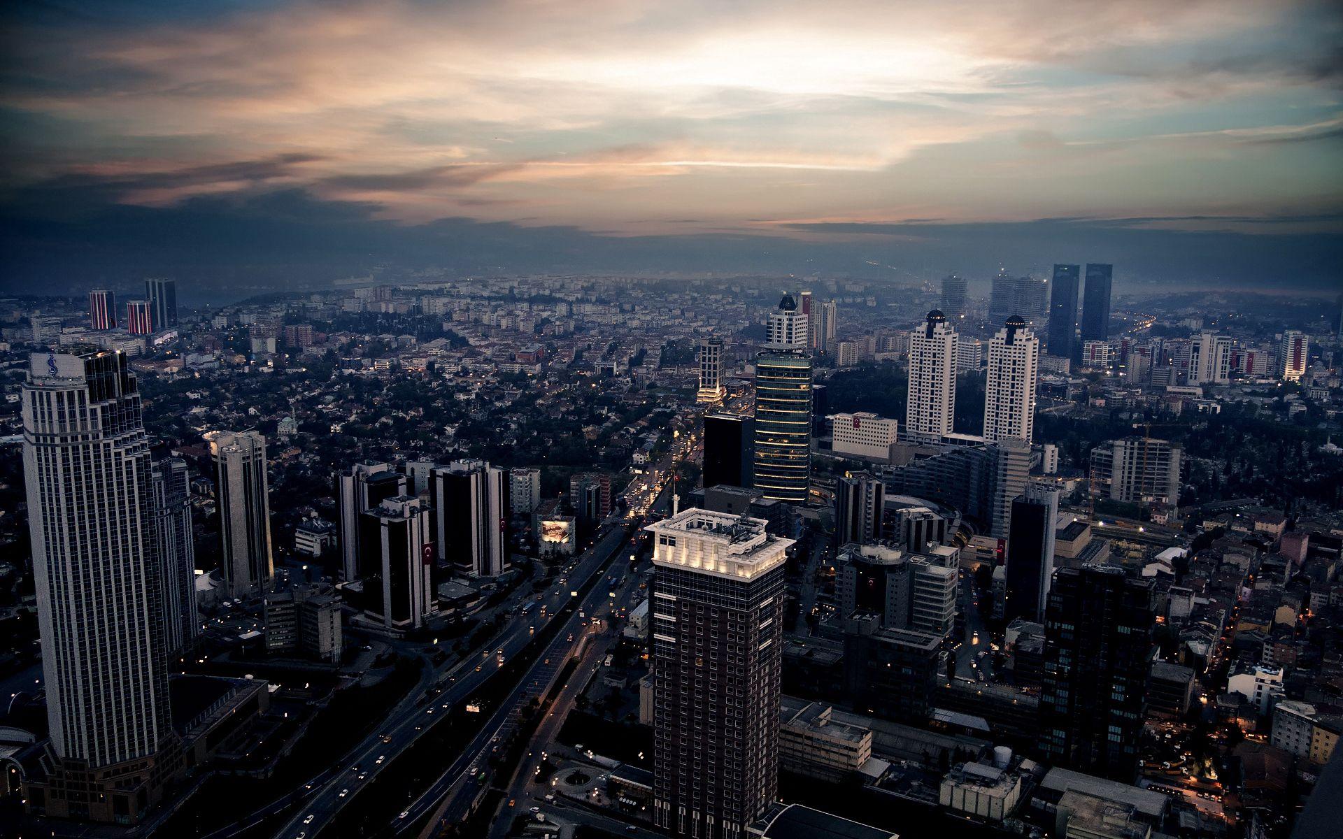 124598 скачать обои Город, Здания, Ночь, Огни, Небо, Вечер, Движение, Города, Машины - заставки и картинки бесплатно