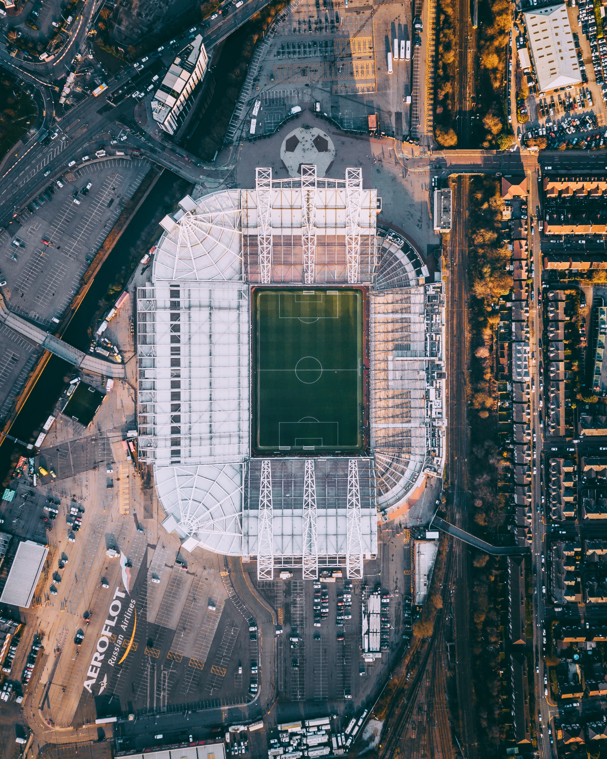 124655 скачать обои Спорт, Стадион, Футбольное Поле, Вид Сверху, Футбол - заставки и картинки бесплатно
