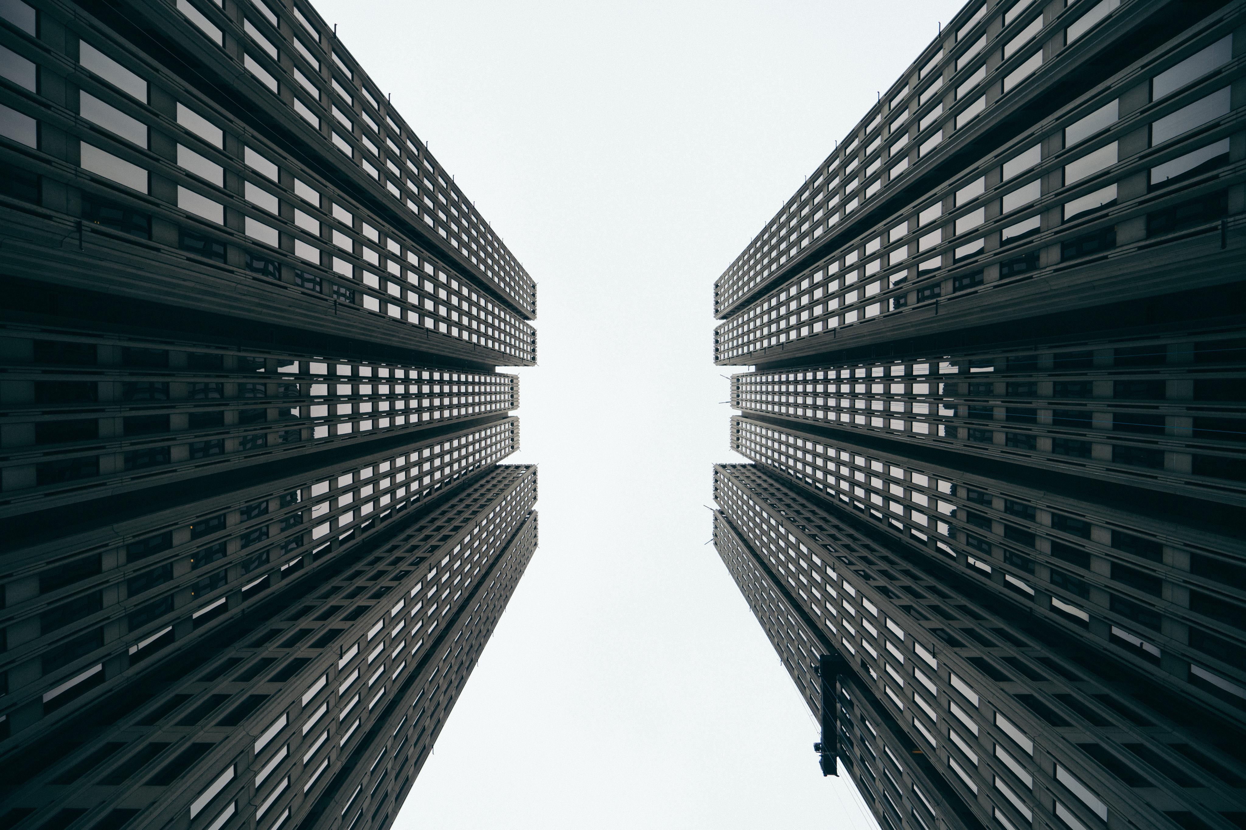 70455 免費下載壁紙 极简主义, 摩天大楼, 建造, 建筑物, 底视图, 底部视图 屏保和圖片