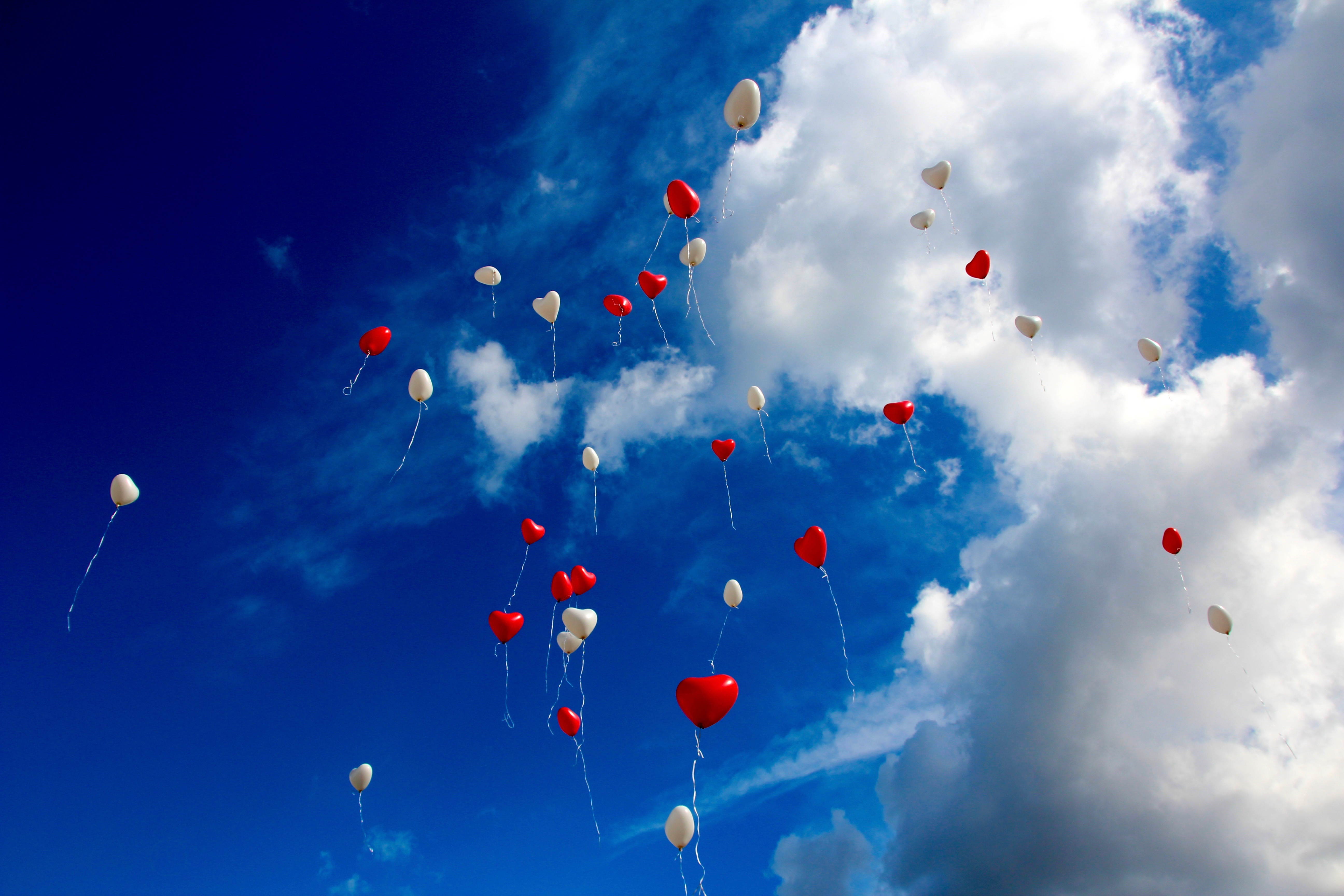 157451 download wallpaper Sky, Clouds, Love, Hearts, Balloons screensavers and pictures for free