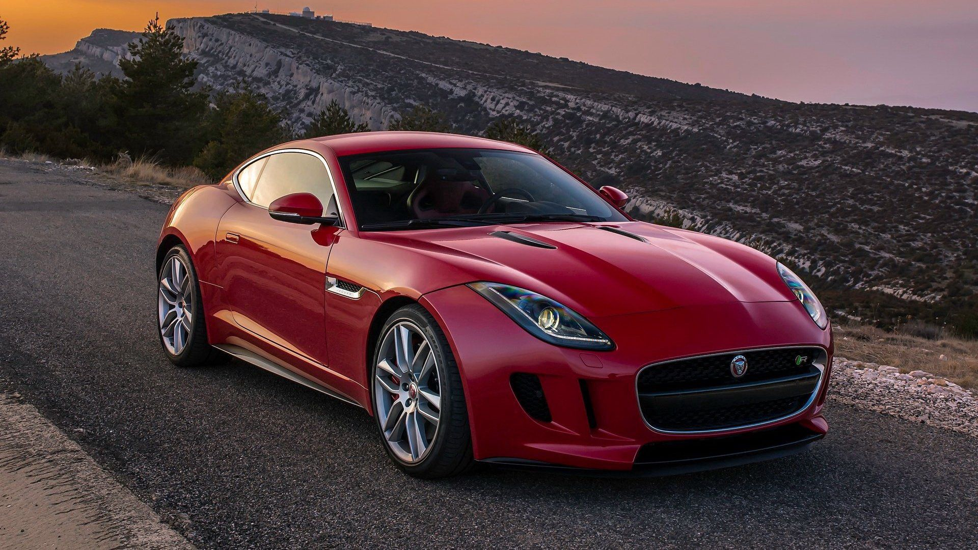 66733 download wallpaper Jaguar, Cars, Side View, Coupe, F-Type screensavers and pictures for free