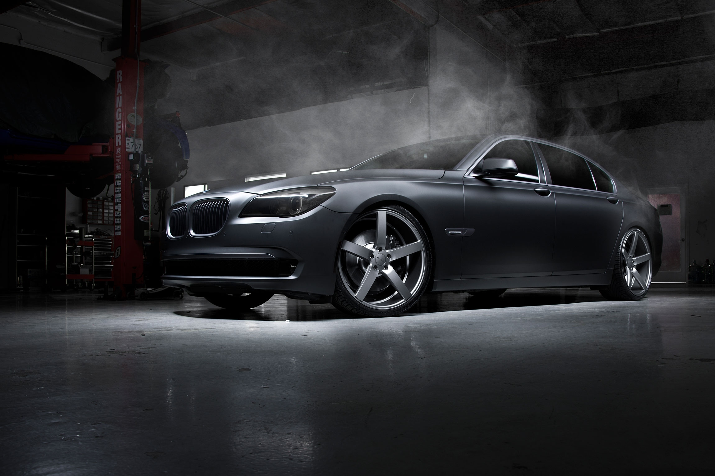 54533 download wallpaper Auto, Bmw, Smoke, Tuning, Cars, Disks, Drives, Garage screensavers and pictures for free