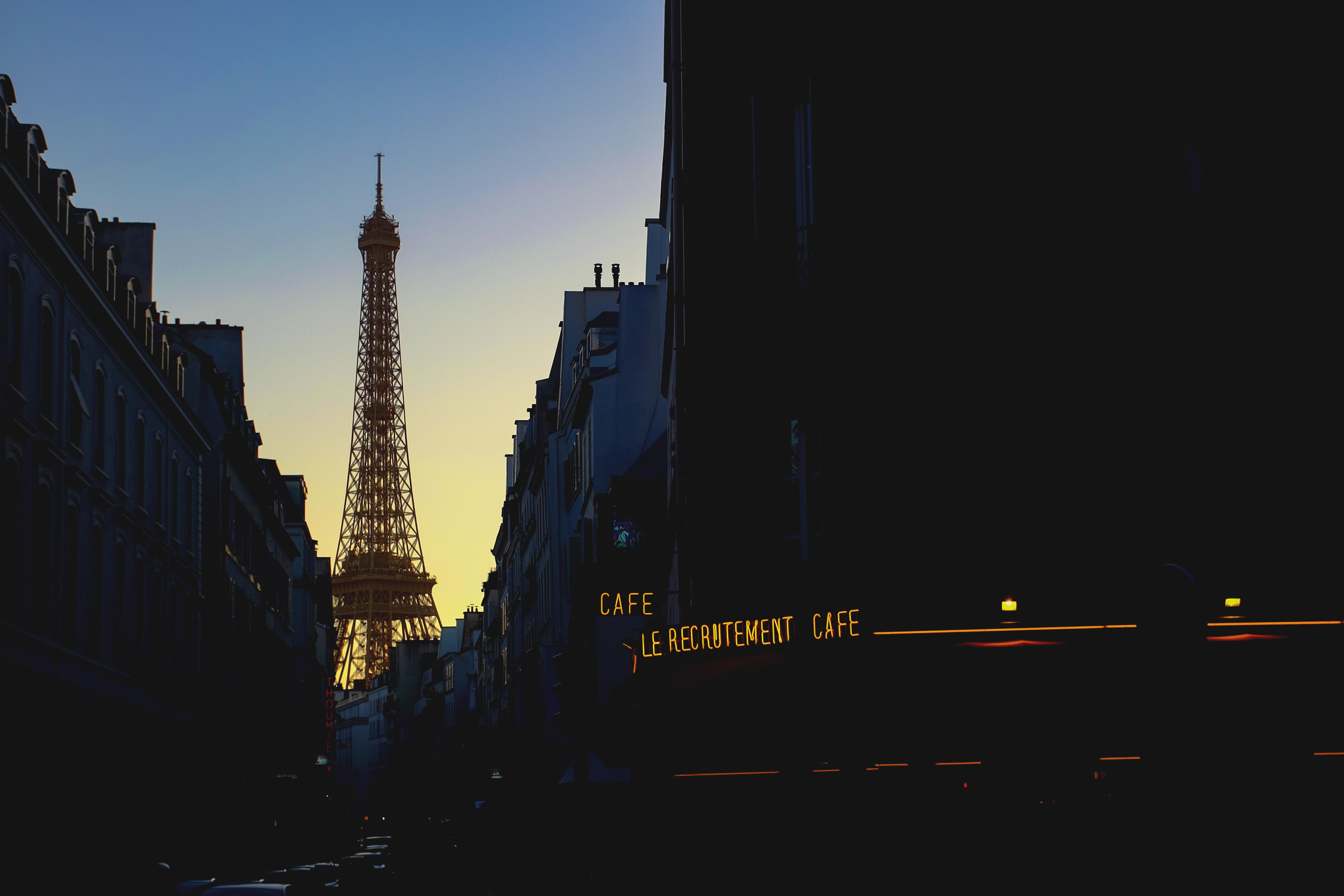 100441 télécharger le fond d'écran France, Paris, Soir, Villes, Tour Eiffel - économiseurs d'écran et images gratuitement