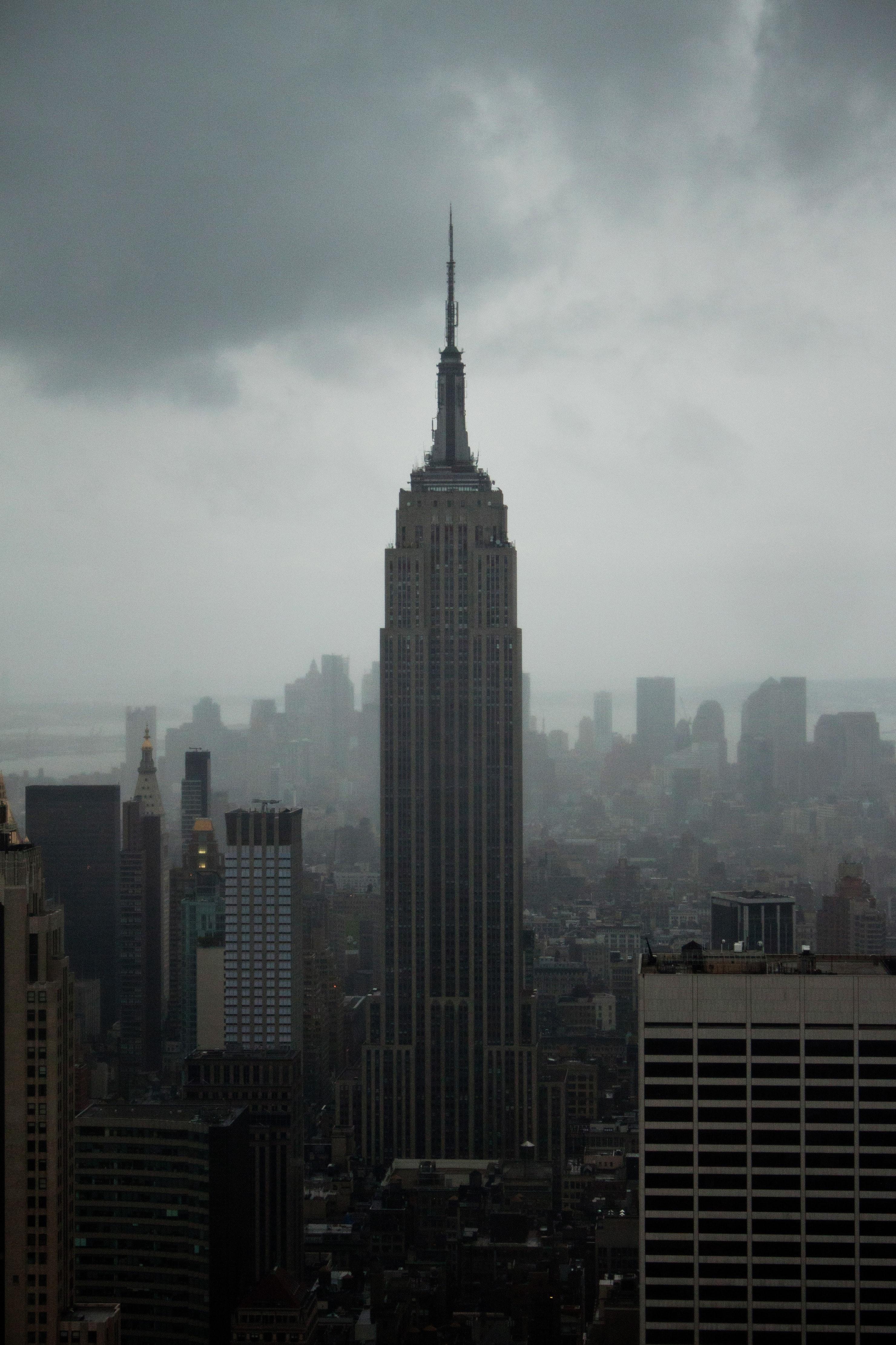 84152壁紙のダウンロードタワー, 塔, 建物, 市, 都市, 上から見る, 霧-スクリーンセーバーと写真を無料で