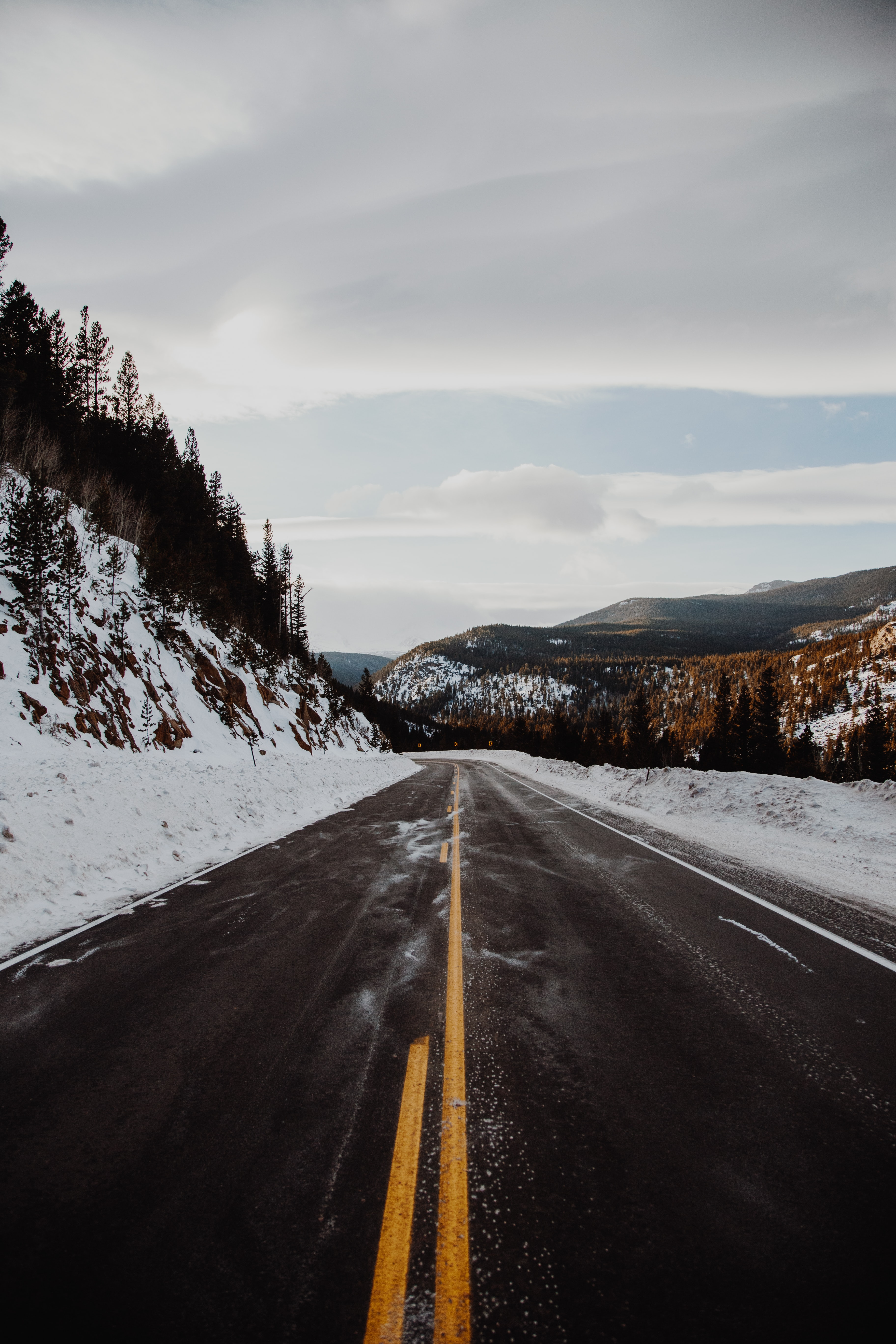 91279 download wallpaper Nature, Road, Hills, Markup, Snow, Snow Covered, Snowbound screensavers and pictures for free