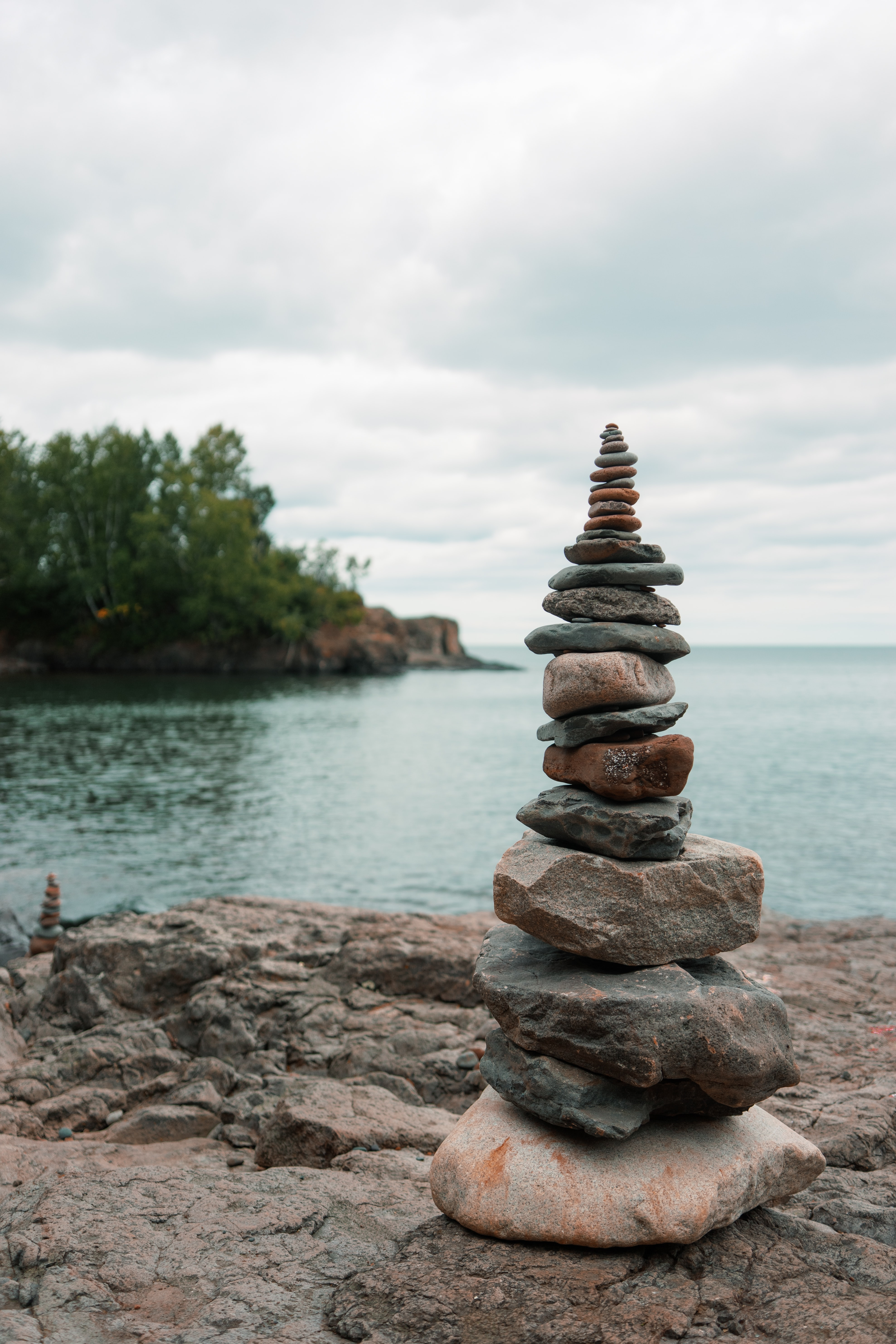 148073 download wallpaper Nature, Stones, Sky, Sea, Balance, Harmony screensavers and pictures for free