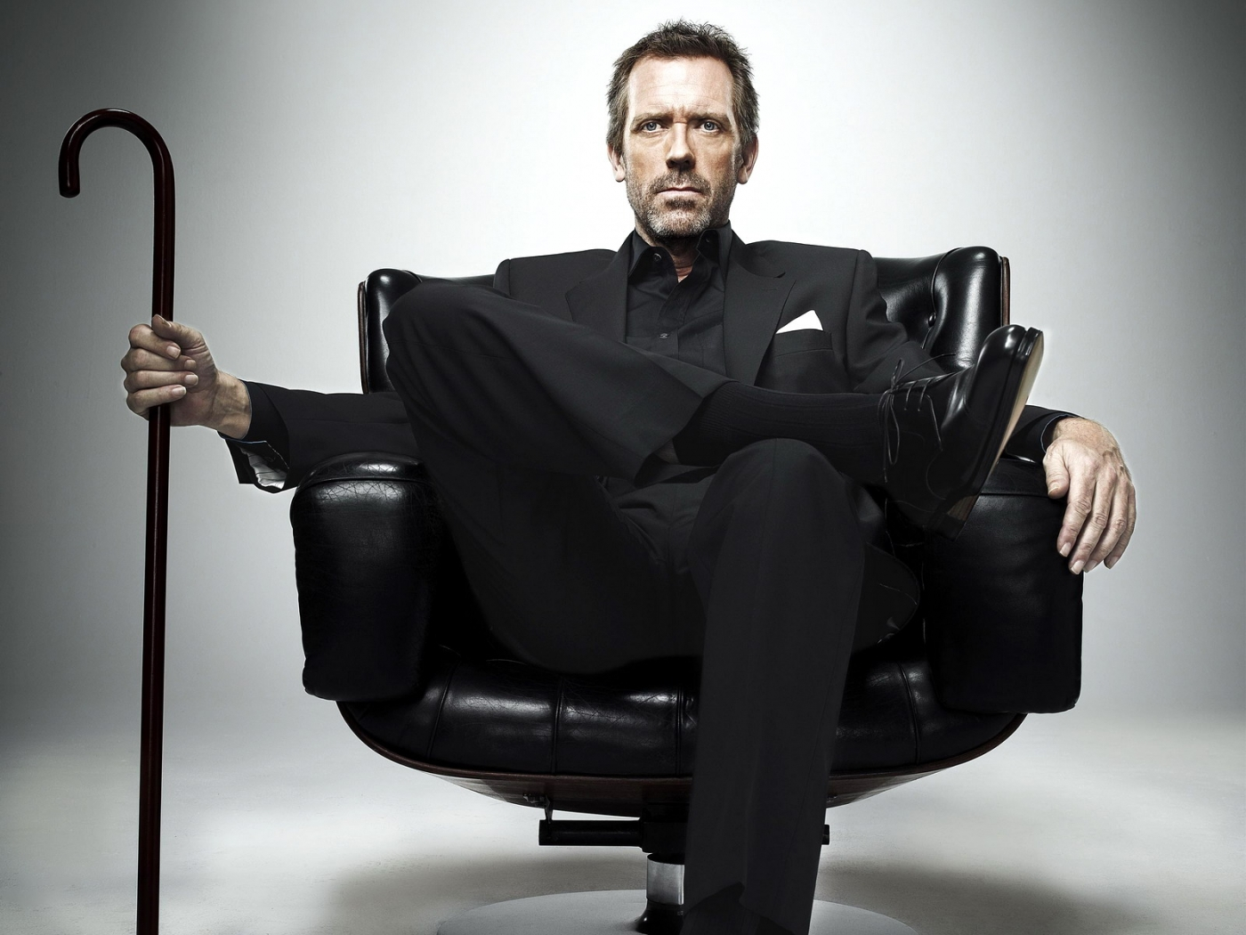 36536 download wallpaper Cinema, People, Actors, Men, House M.d., Hugh Laurie screensavers and pictures for free