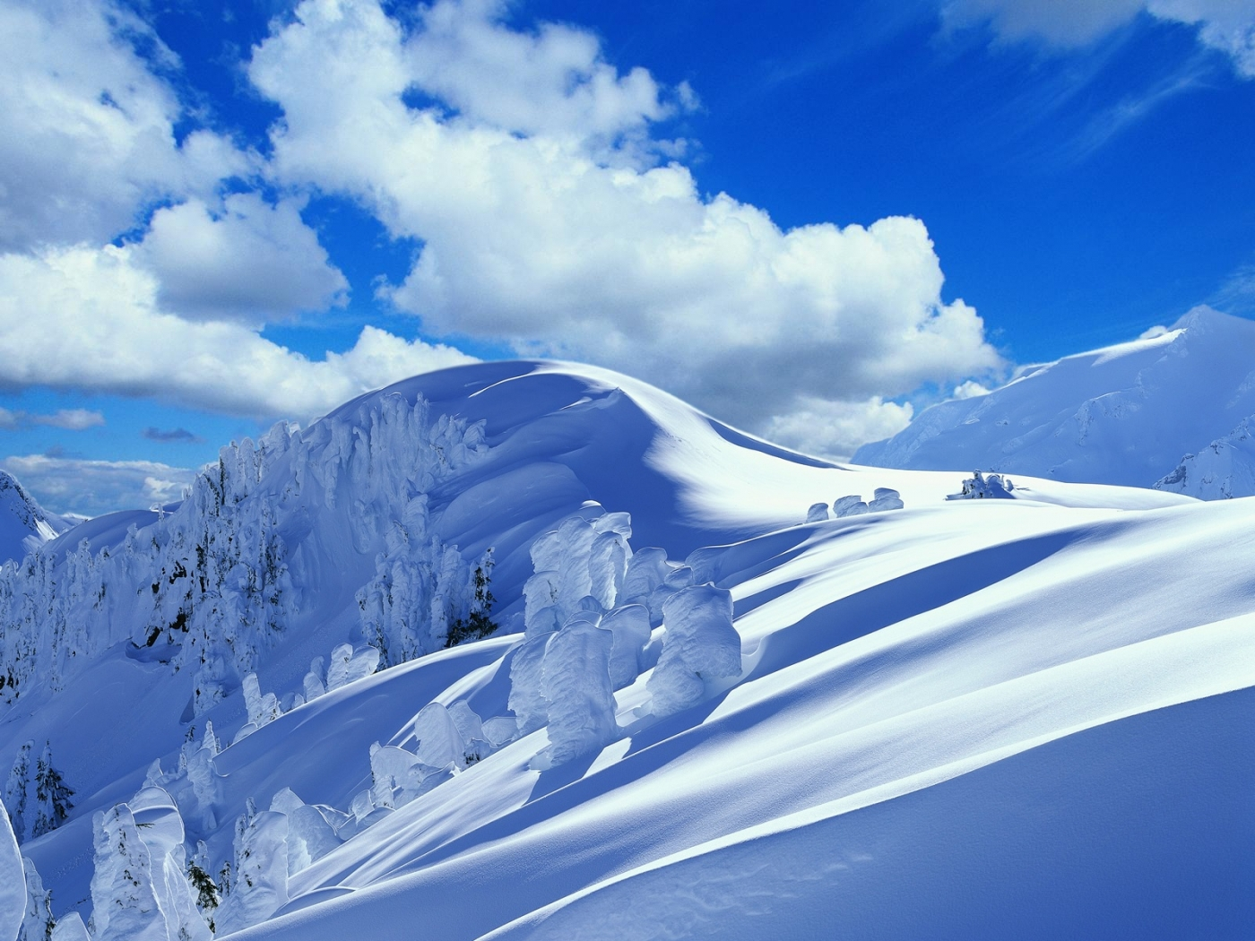 33662 download wallpaper Landscape, Mountains, Snow screensavers and pictures for free