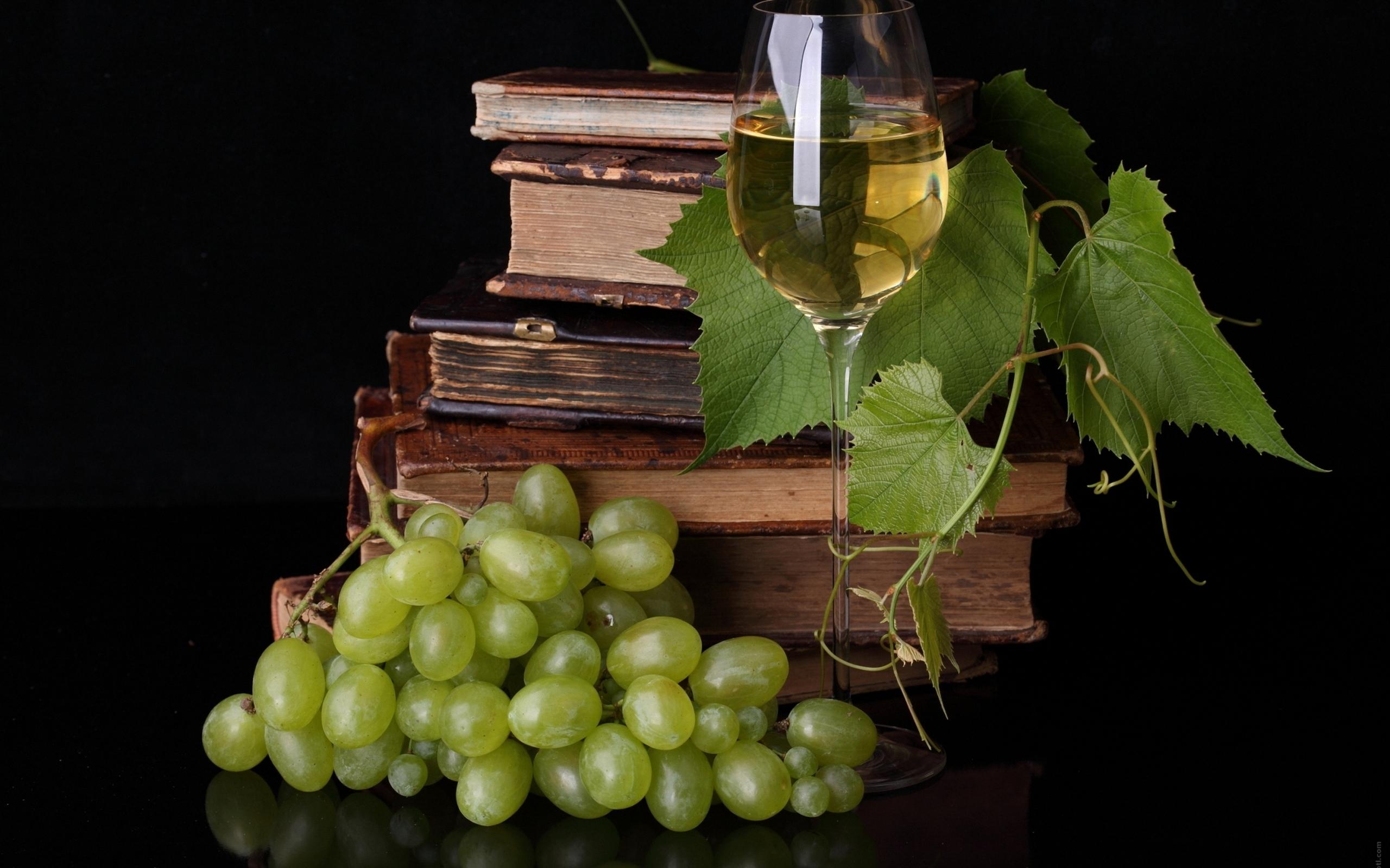 26470 скачать обои Еда, Фон, Виноград, Вино, Книги - заставки и картинки бесплатно