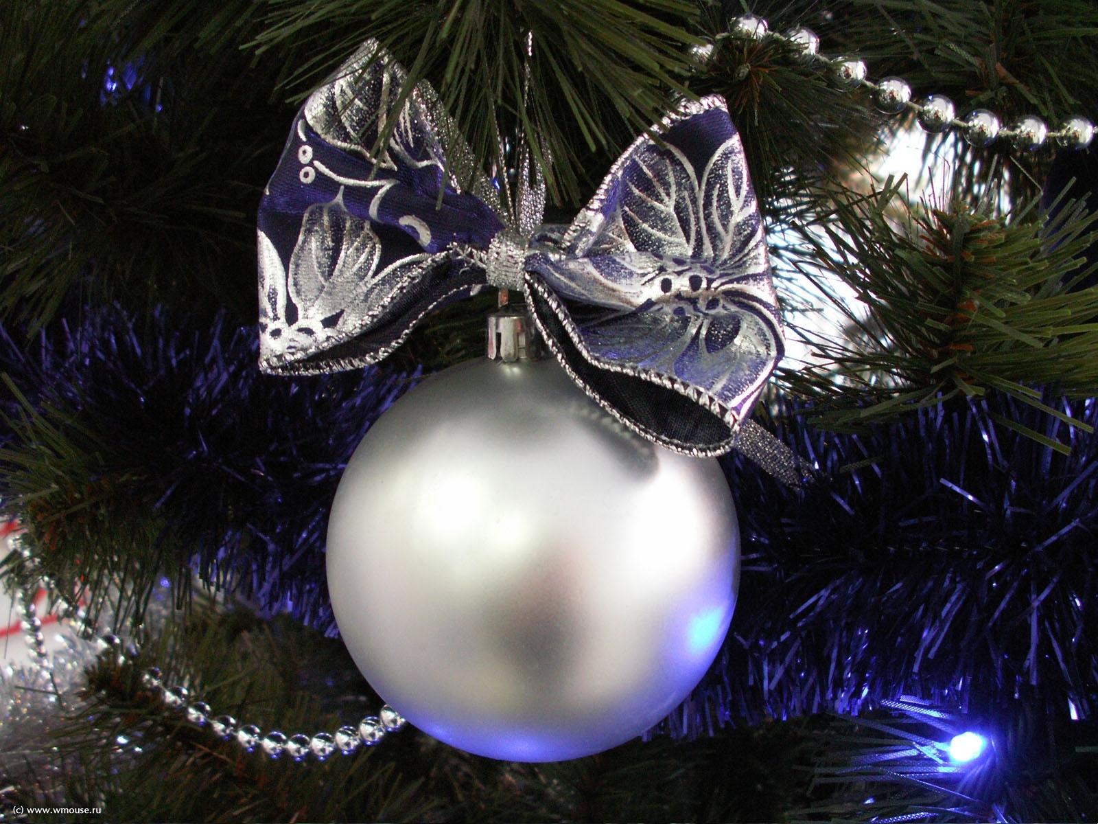 5711 скачать обои Праздники, Новый Год (New Year), Игрушки, Рождество (Christmas, Xmas) - заставки и картинки бесплатно