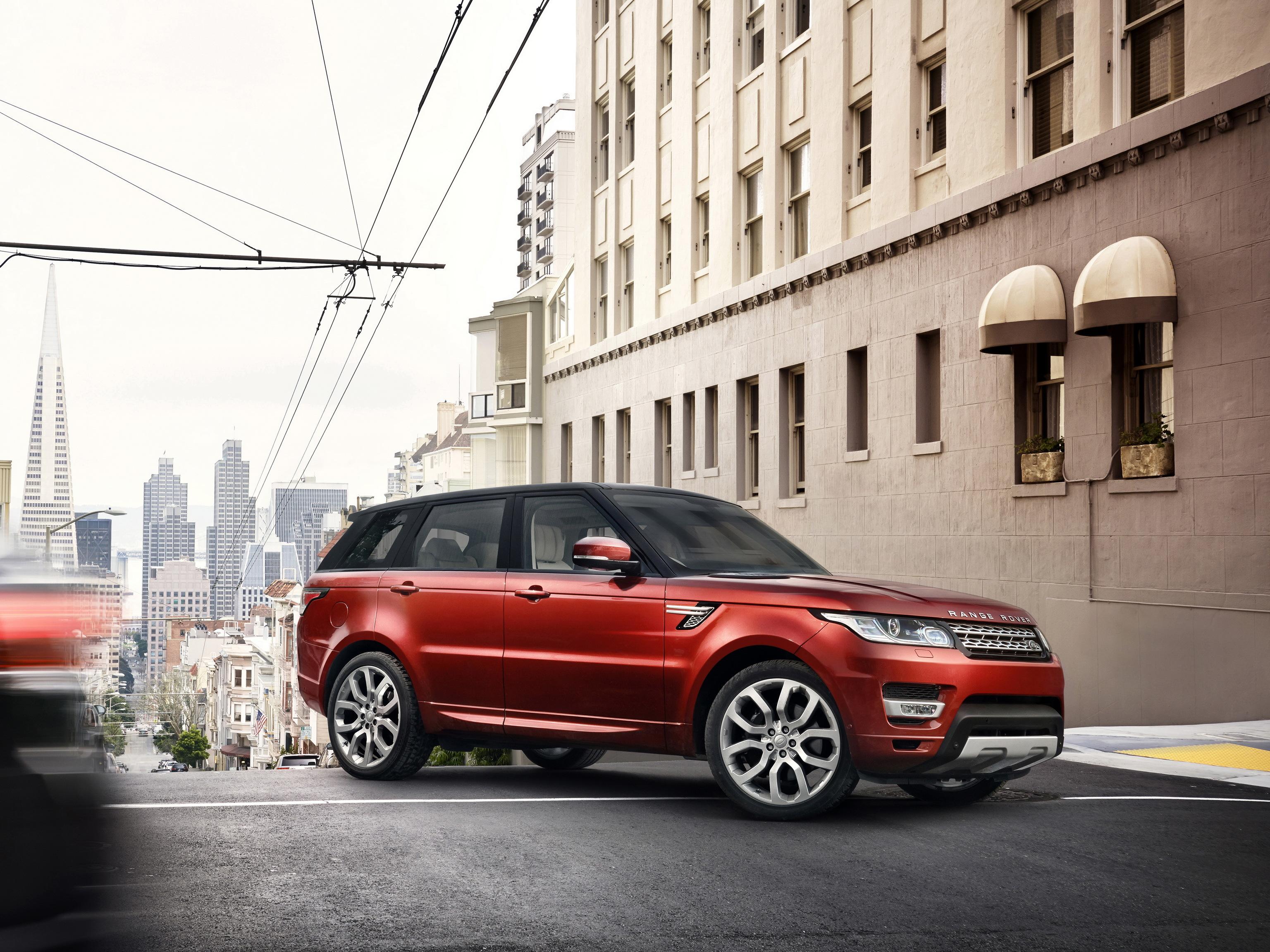 102396 скачать обои Тачки (Cars), Ленд Ровер (Land Rover), Рендж Ровер (Range Rover), Внедорожник, Красный, Город - заставки и картинки бесплатно