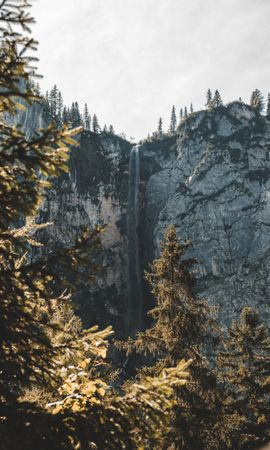 155345 скачать обои Природа, Водопад, Обрыв, Скала, Деревья, Пейзаж - заставки и картинки бесплатно