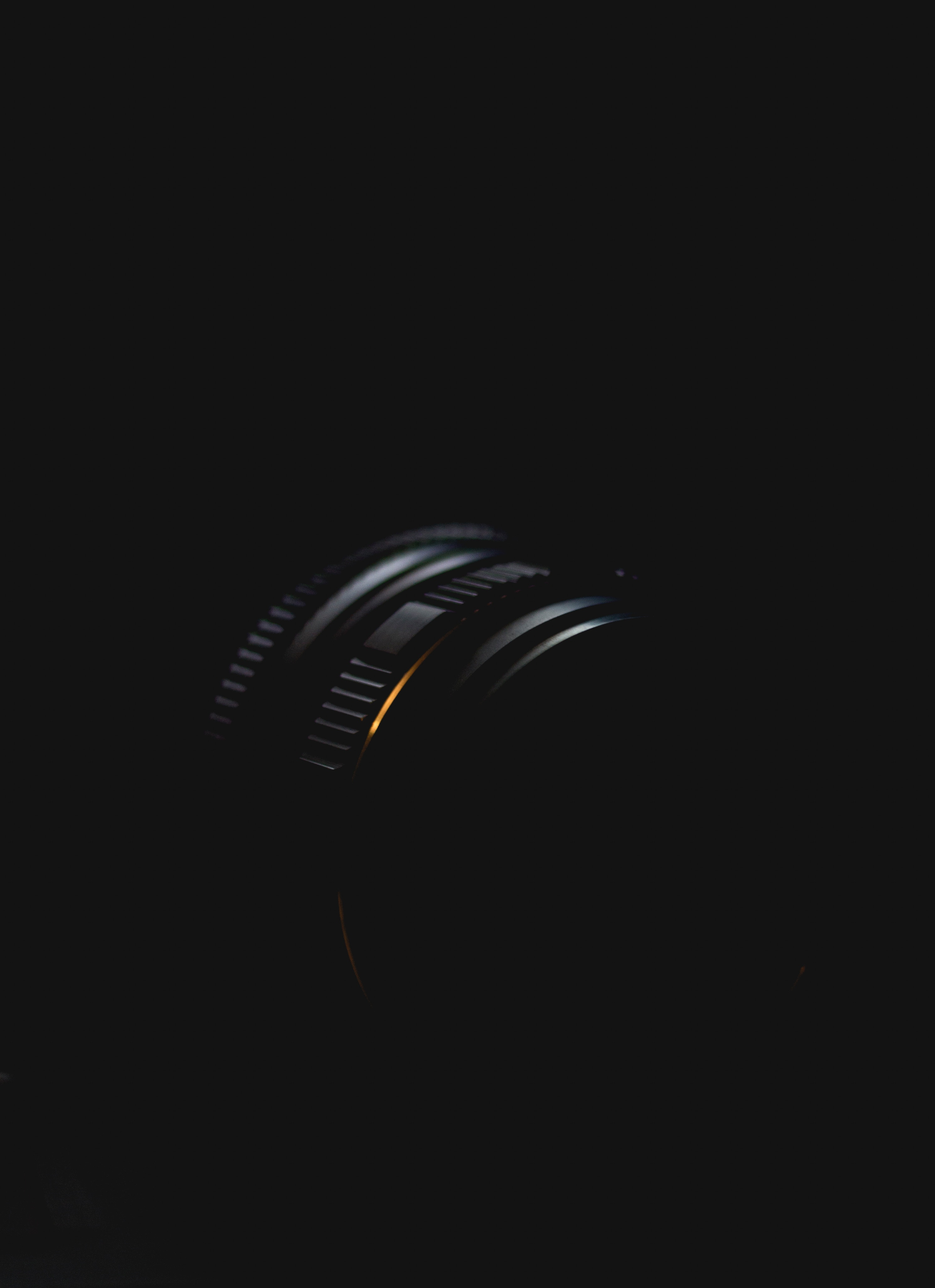 138500 Screensavers and Wallpapers Camera for phone. Download Minimalism, Lens, Camera, Dark pictures for free