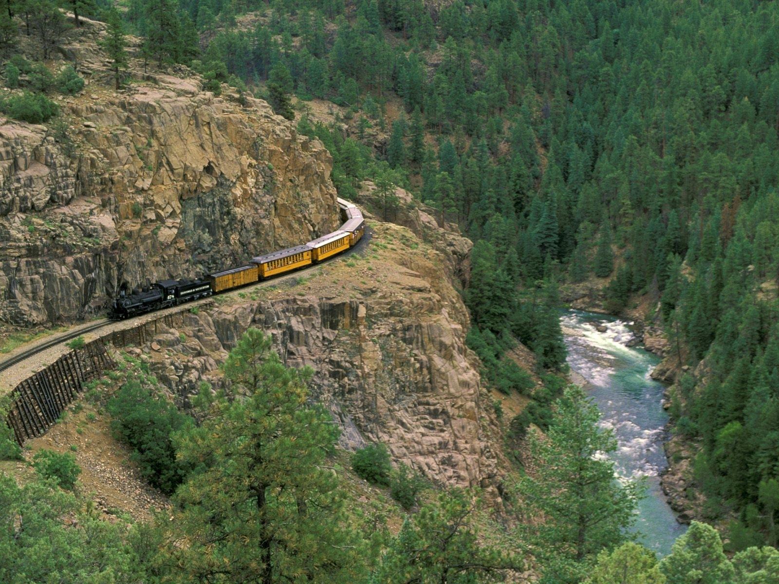 3336 скачать обои Транспорт, Пейзаж, Река, Деревья, Горы, Поезда - заставки и картинки бесплатно